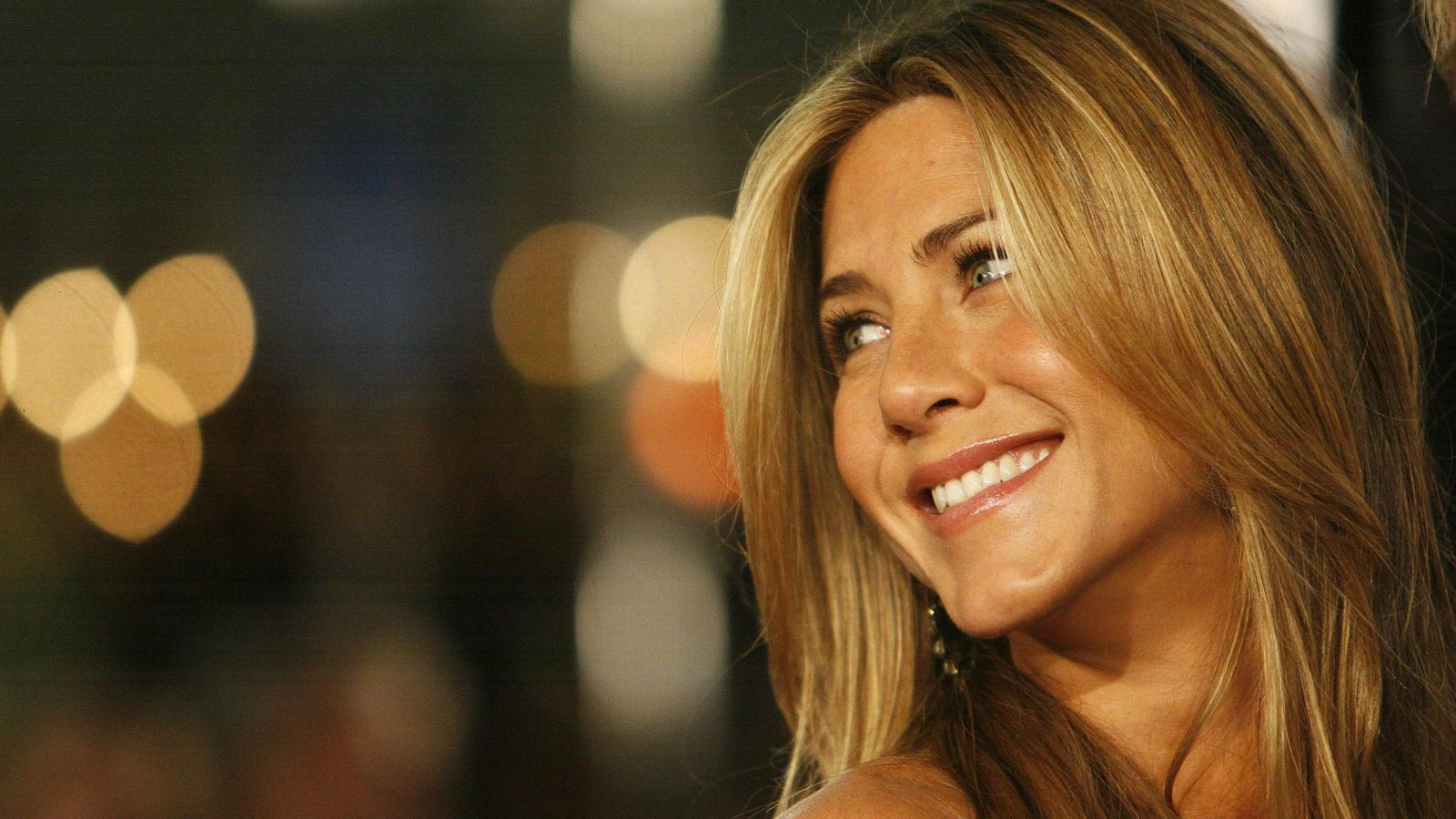 Friends Star Jennifer Aniston Remains One Of The Highest Paid
