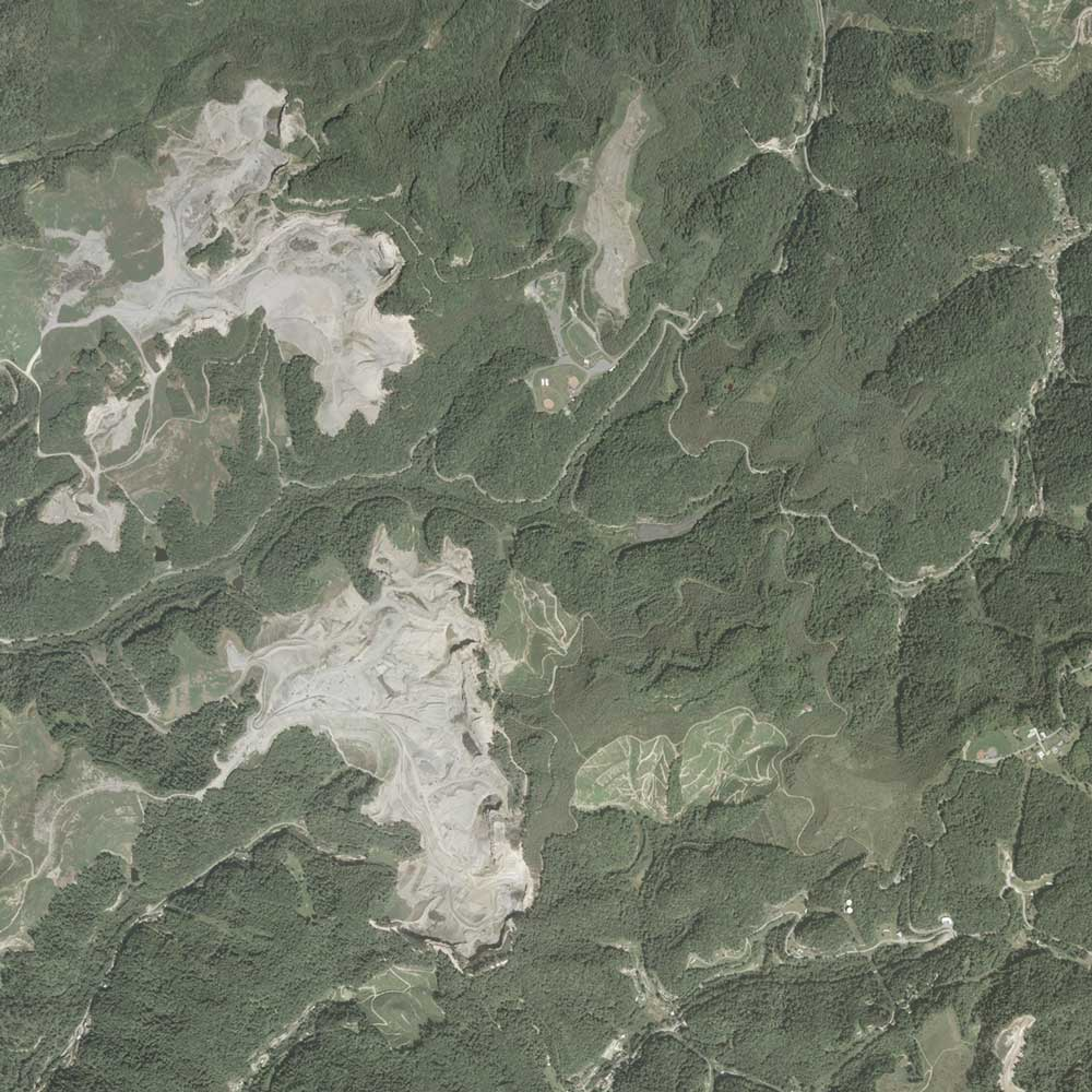 Image of the mined area in 2003