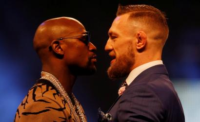 Boxing - Floyd Mayweather & Conor McGregor Press Conference - London, Britain - July 14, 2017 Floyd Mayweather and Conor McGregor during the press conference Action Images via Reuters/Paul Childs TPX IMAGES OF THE DAY - RTX3BIV5