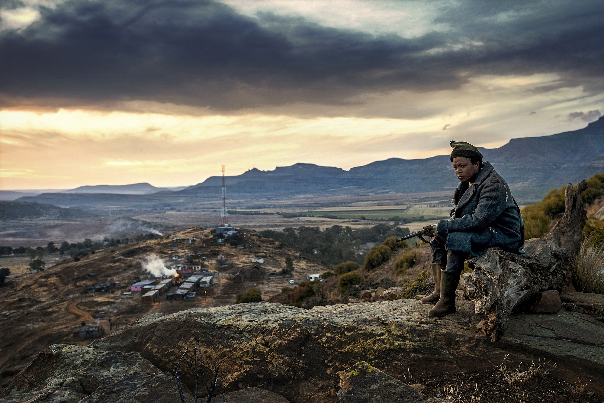 Lizwi Vilakazi as Sizwe in Five Fingers for Marseilles.