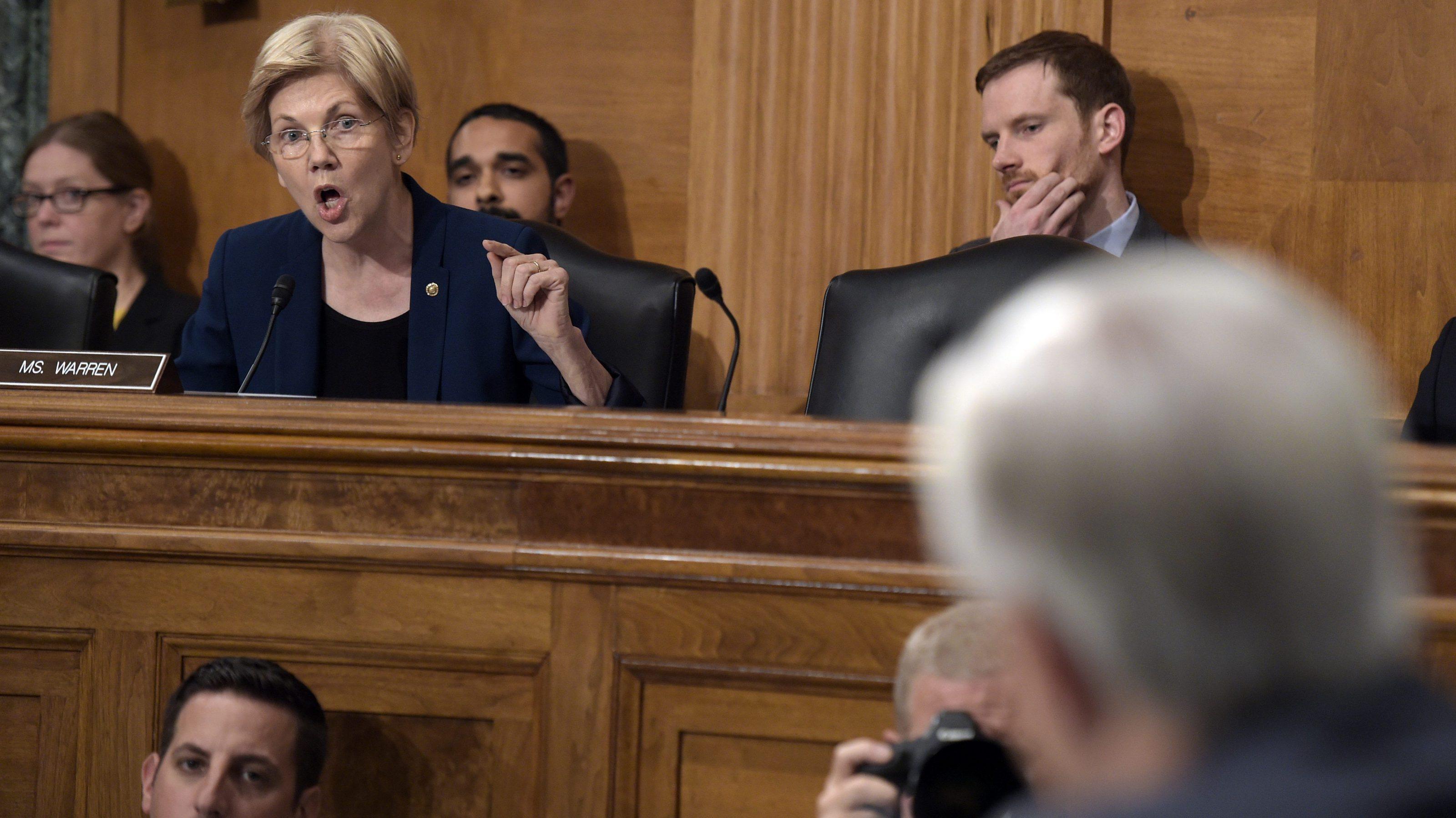 Elizabeth Warren attacked John Stumpf, Wells Fargo CEO, for its fake accounts scandal