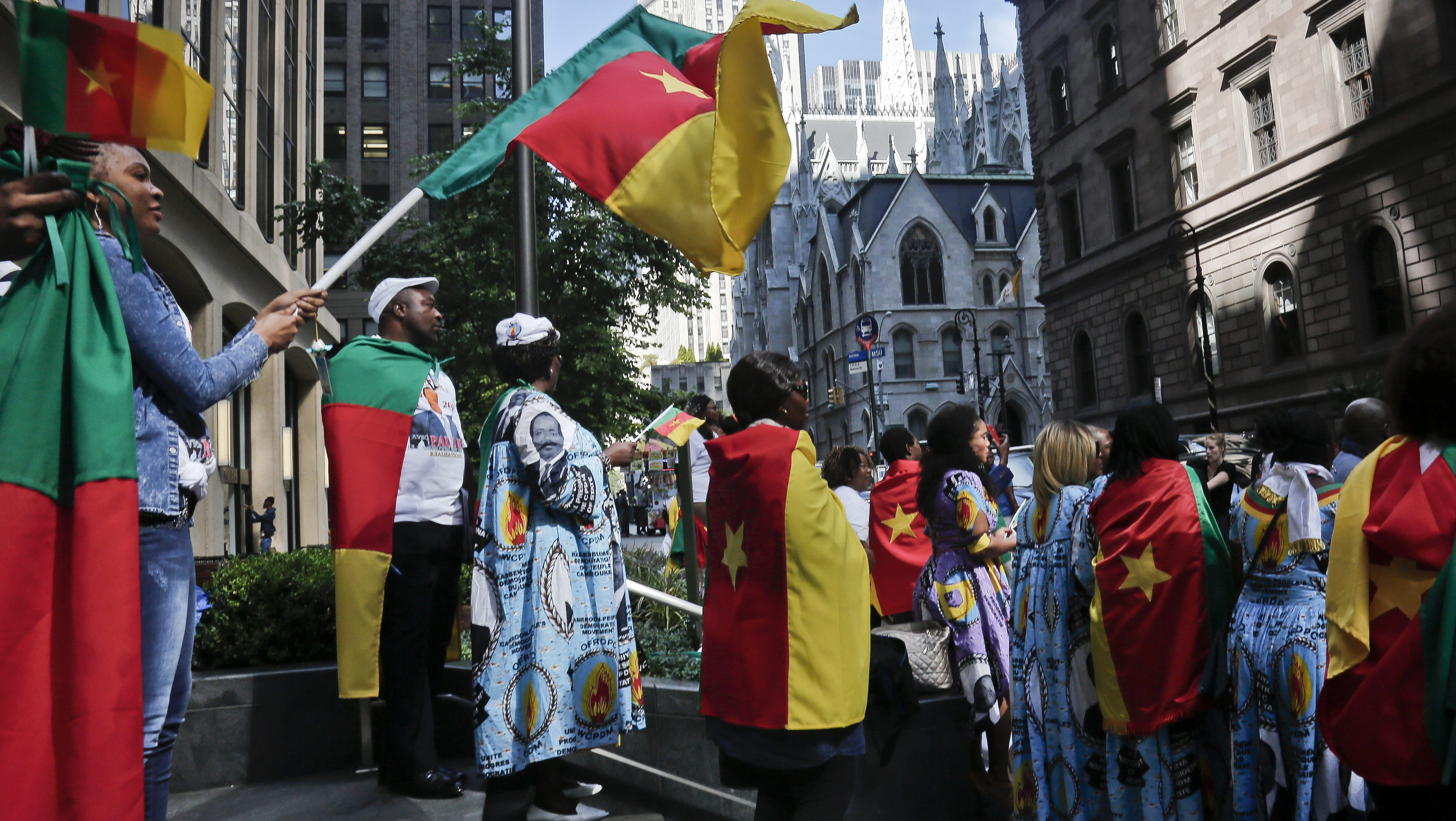 Cameroon supporters of president Biya in New York