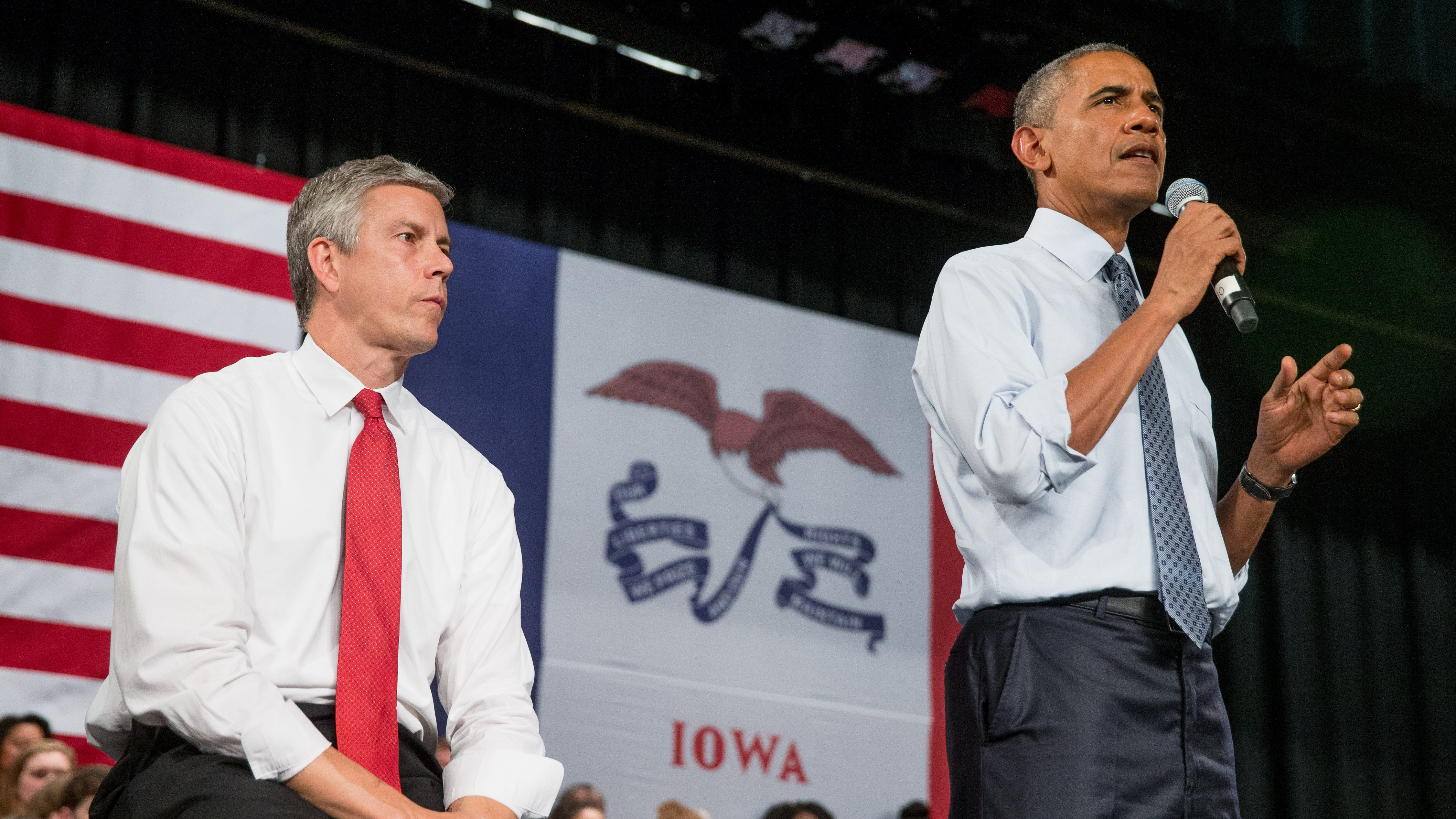 President Barack Obama, accompanied by Secretary of Education Arne Duncan, speaks at a town hall with high school juniors, seniors and their parents at North High School in Des Moines, Monday, Sept. 14, 2015, to discuss college access and affordability.
