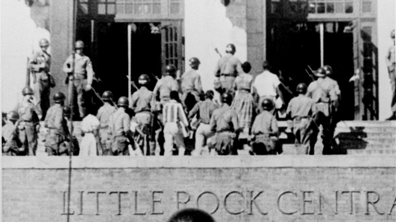 Segregation Drives Discipline >> Little Rock Nine S 60th Anniversary The Signs Of Segregation Are