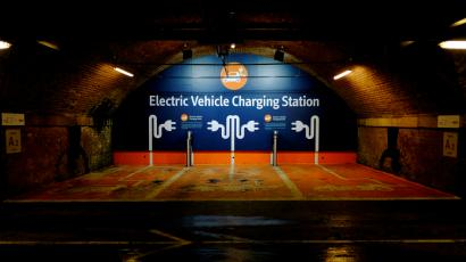 India-Electric vehicles-Tesla-Cars-Nitin Gadkari-Renewable energy