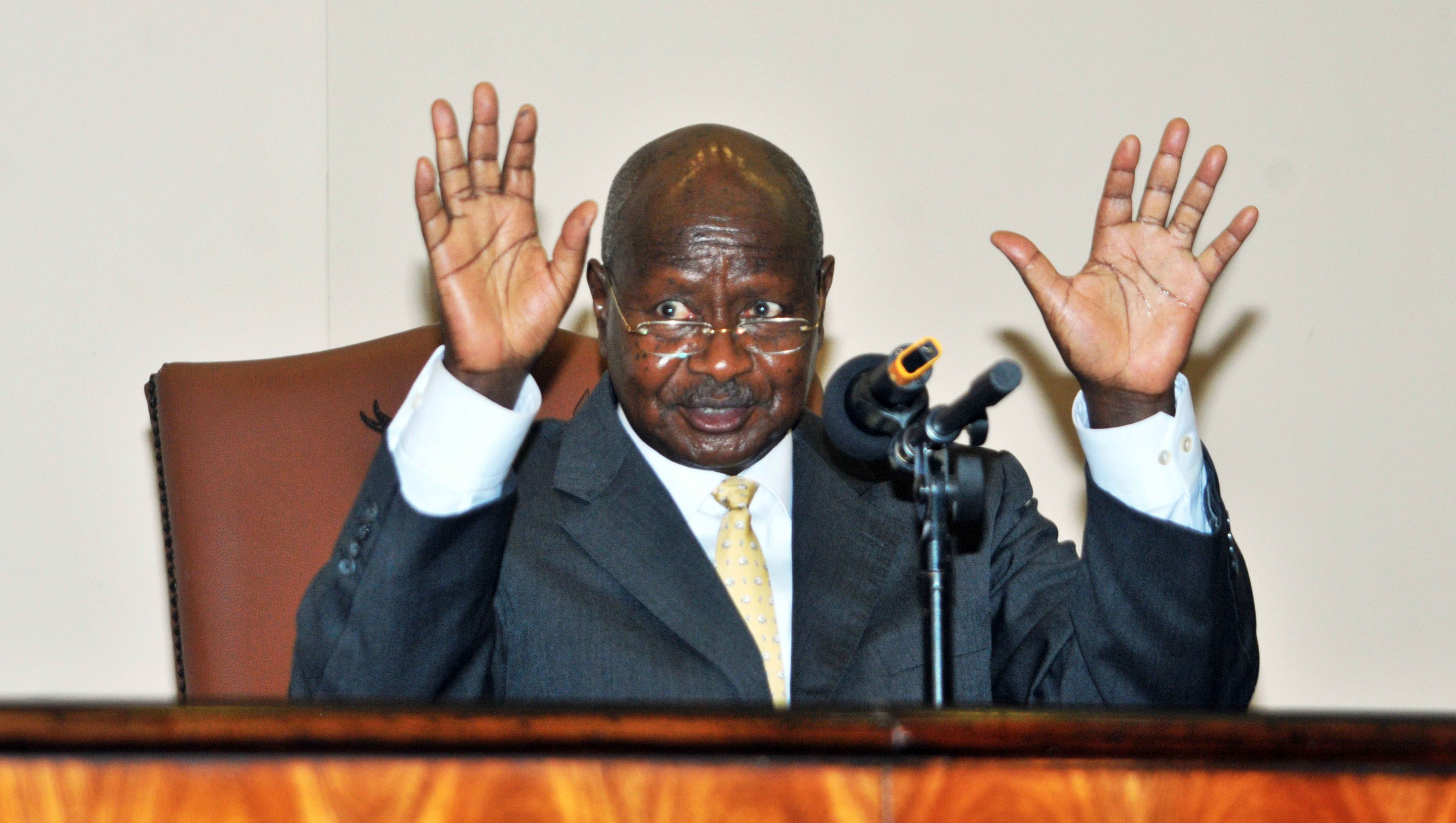 A file picture dated 24 February 2014 shows Ugandan President Yoweri Museveni signing the anti-gay legislation in Entebbe, Uganda. Uganda's Constitutional Court on 01 August 2014 annulled an anti-gay bill passed by parliament that introduced lengthy prison sentences for people who engage in homosexual acts. The judges ruled in favour of a group of activists who argued that parliament did not have a quorum when it passed the bill in December. Since the law was passed, Ugandan homosexuals had been facing arbitrary arrests, police abuse and extortion