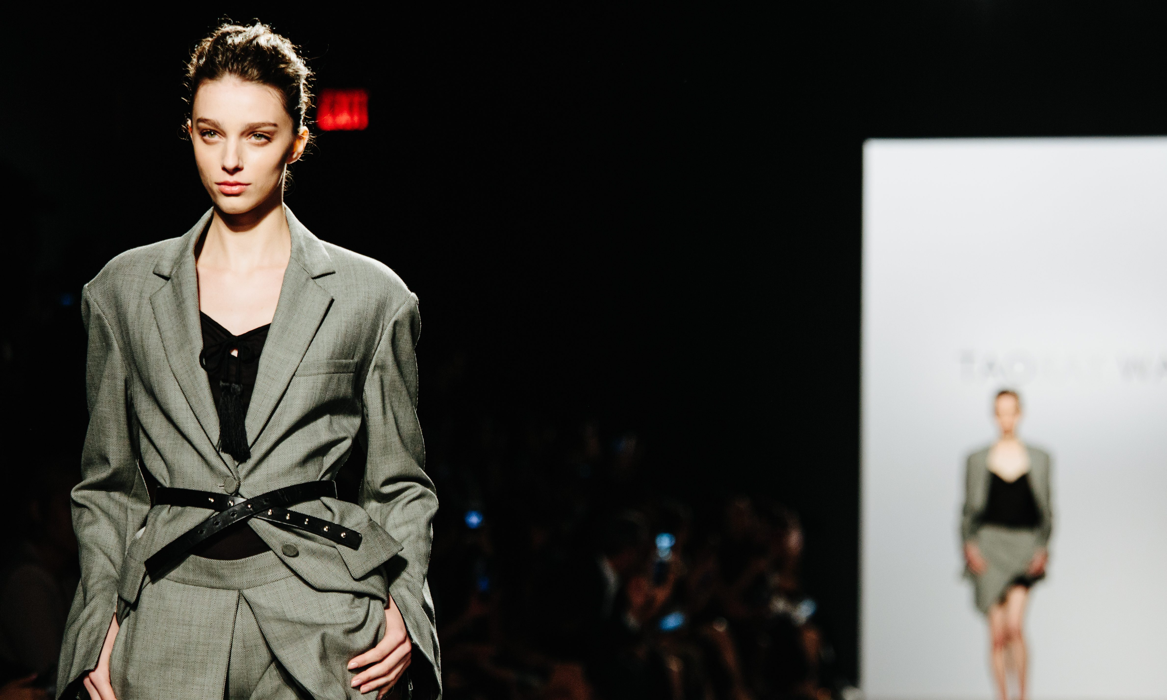A model presents a creation from the Taoray Wang collection at New York Fashion Week Spring 2018, in New York, New York, USA, 09 September 2017. The Spring 2018 collections are being presented from 07 to 13 September.
