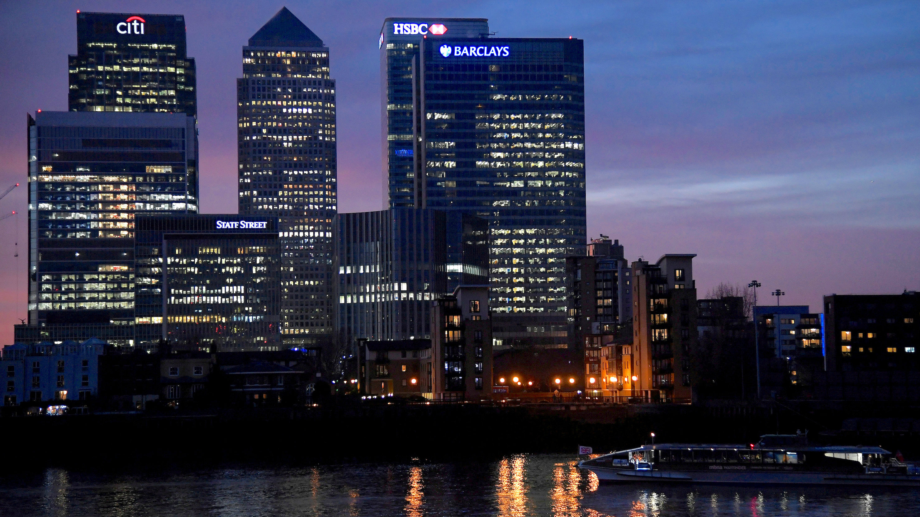 hammond brexit london financial services
