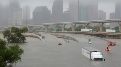 The flooded bridge over I-45 that capsized Alonso Guillen's boat.
