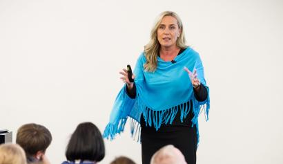 Iris Bohnet argus that companies can make simple fixes to improve gender equality.