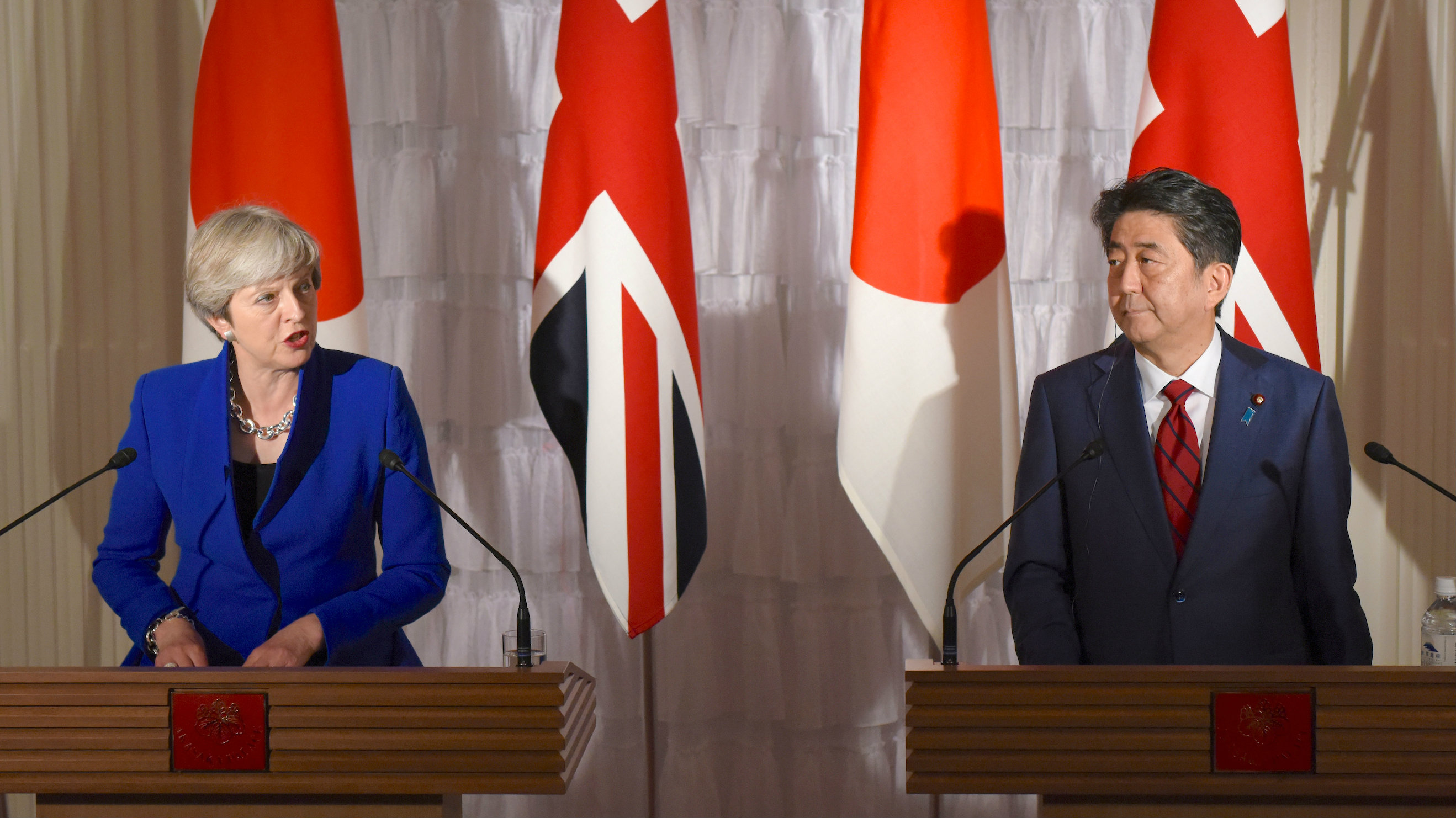 japan brexit abe may1