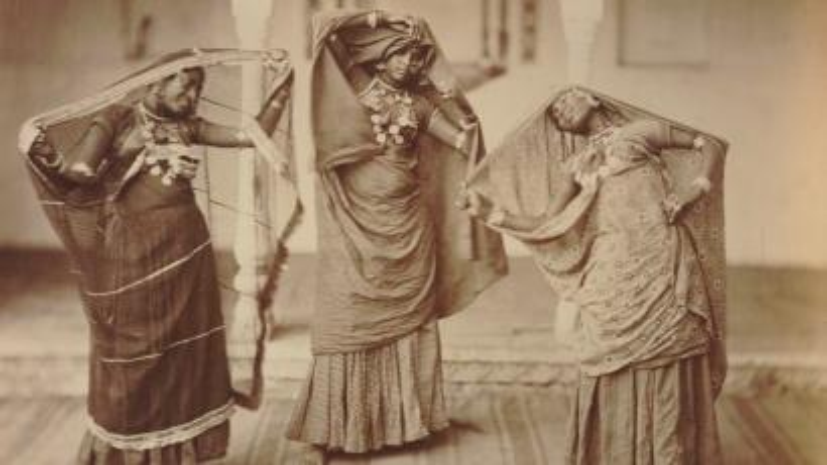 Dancers (nautch women) in India