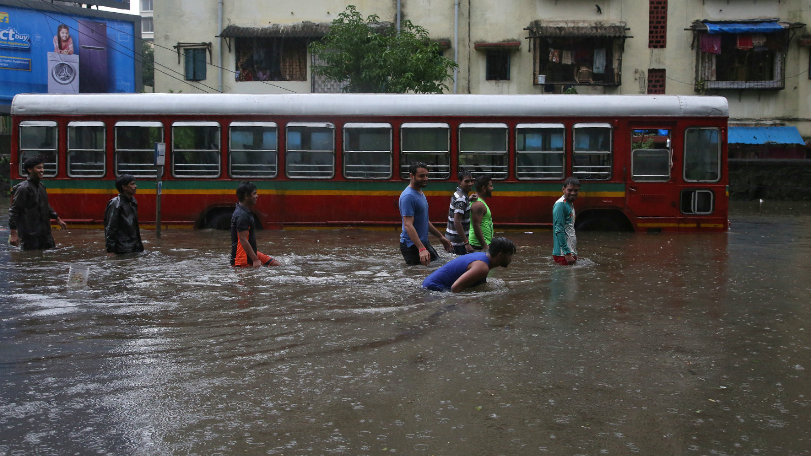 All the reasons why Mumbai will be under water again next year, and the year  after that — Quartz India