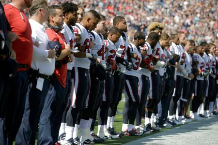 houston texans lock arms before sept. 24 match against new england patriots