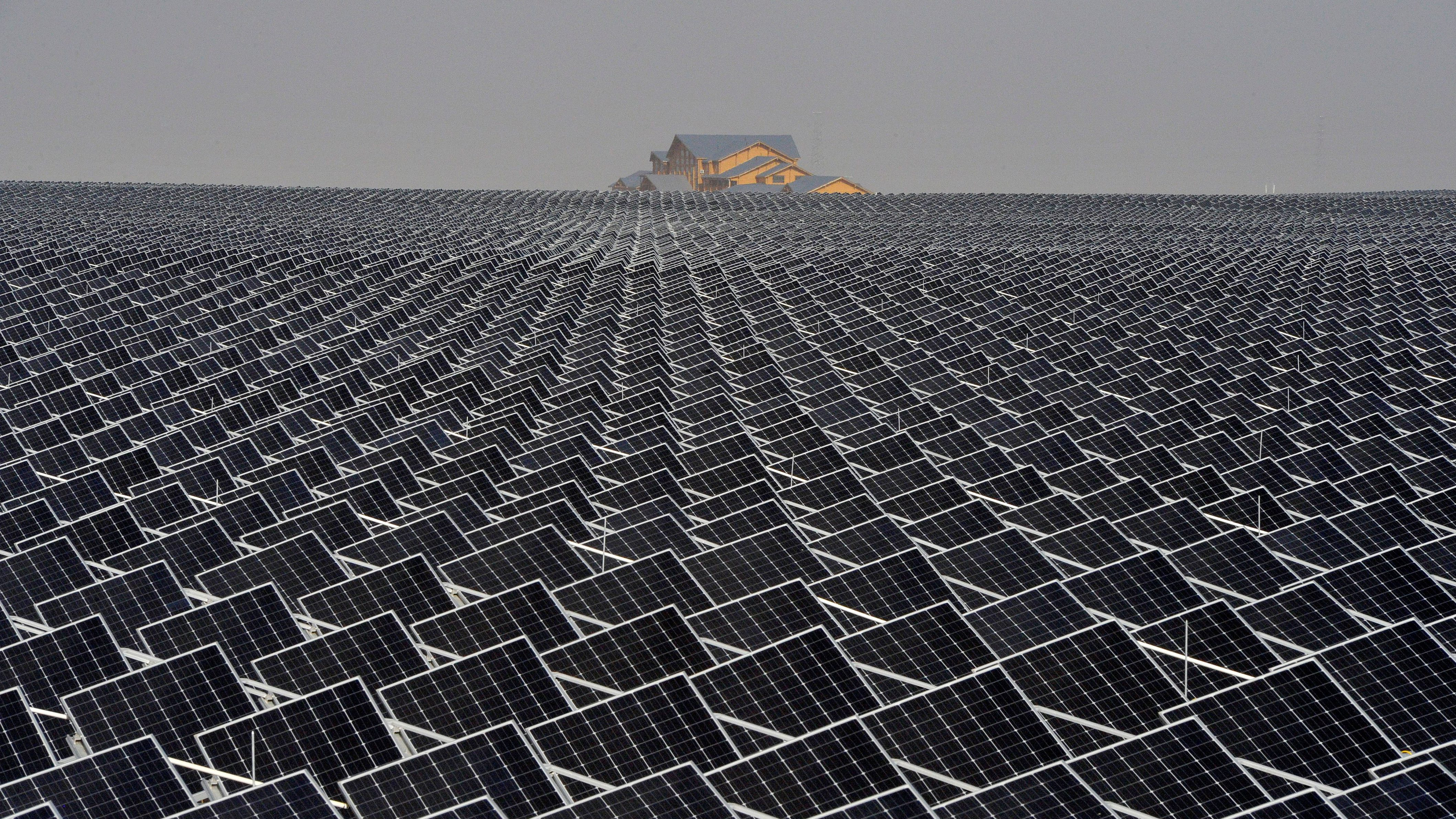 """Trump\'s """"America First"""" policy on solar panels will likely benefit ..."""
