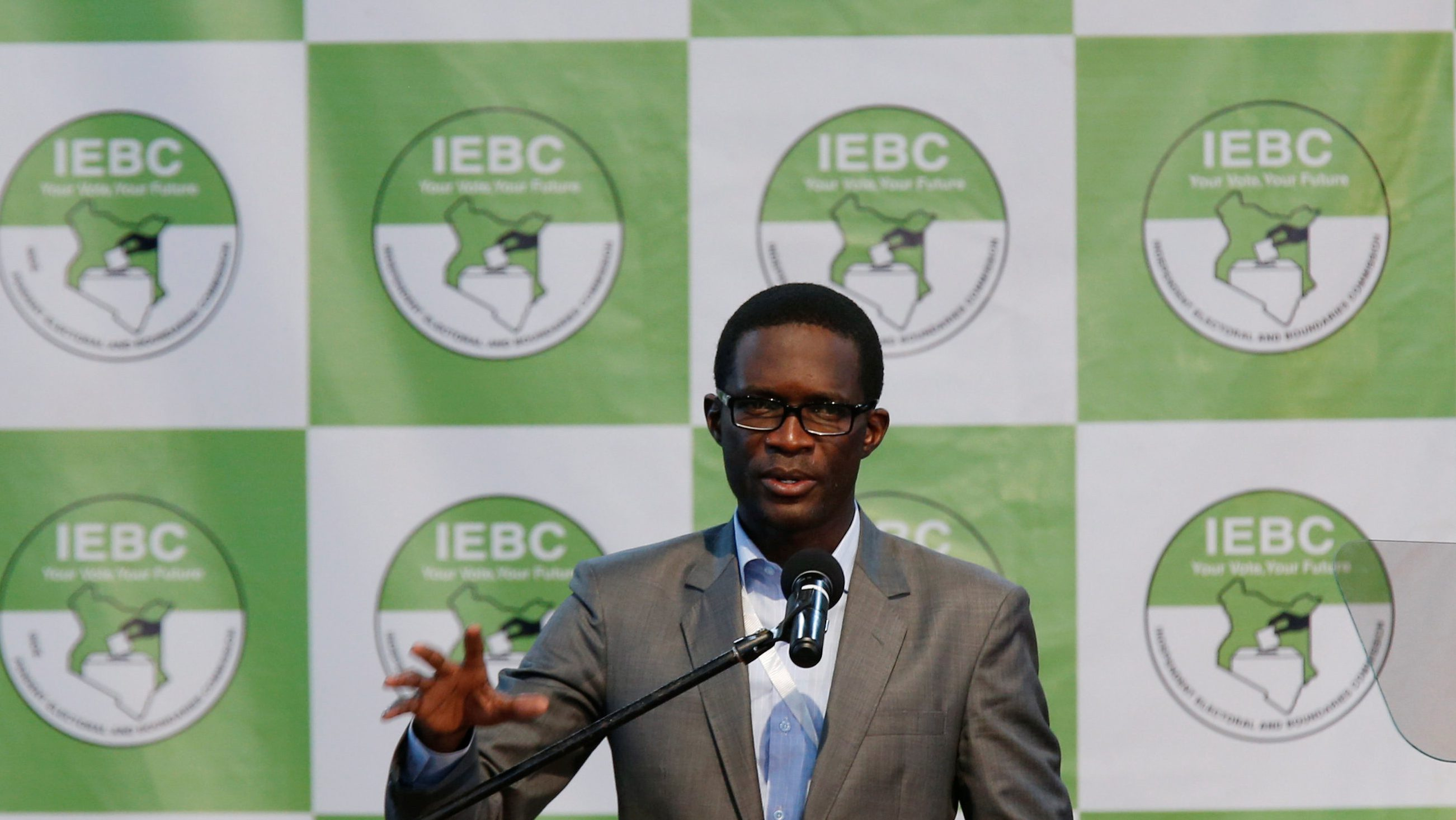 Chief Electoral Officer of Kenya's Independent Electoral and Boundaries Commission (IEBC) Ezra Chiloba speaks during a news conference ahead of the announcement of the winner of polls in Kenya's election at the Bomas of Kenya, in Nairobi,  Kenya August 11, 2017.