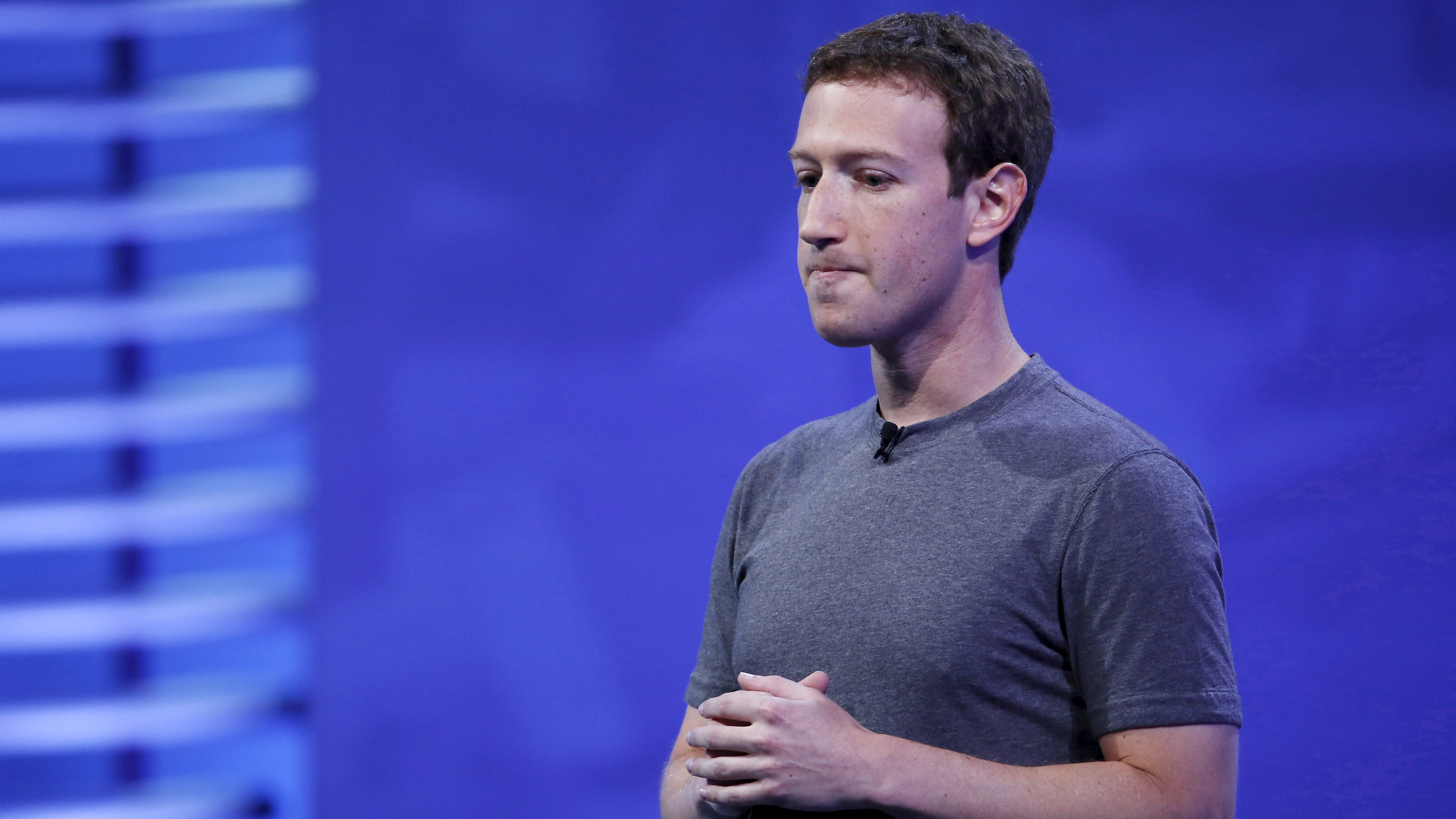 Facebook CEO Mark Zuckerberg speaks on stage during the Facebook F8 conference in San Francisco, California April 12, 2016. REUTERS/Stephen Lam - GF10000380384