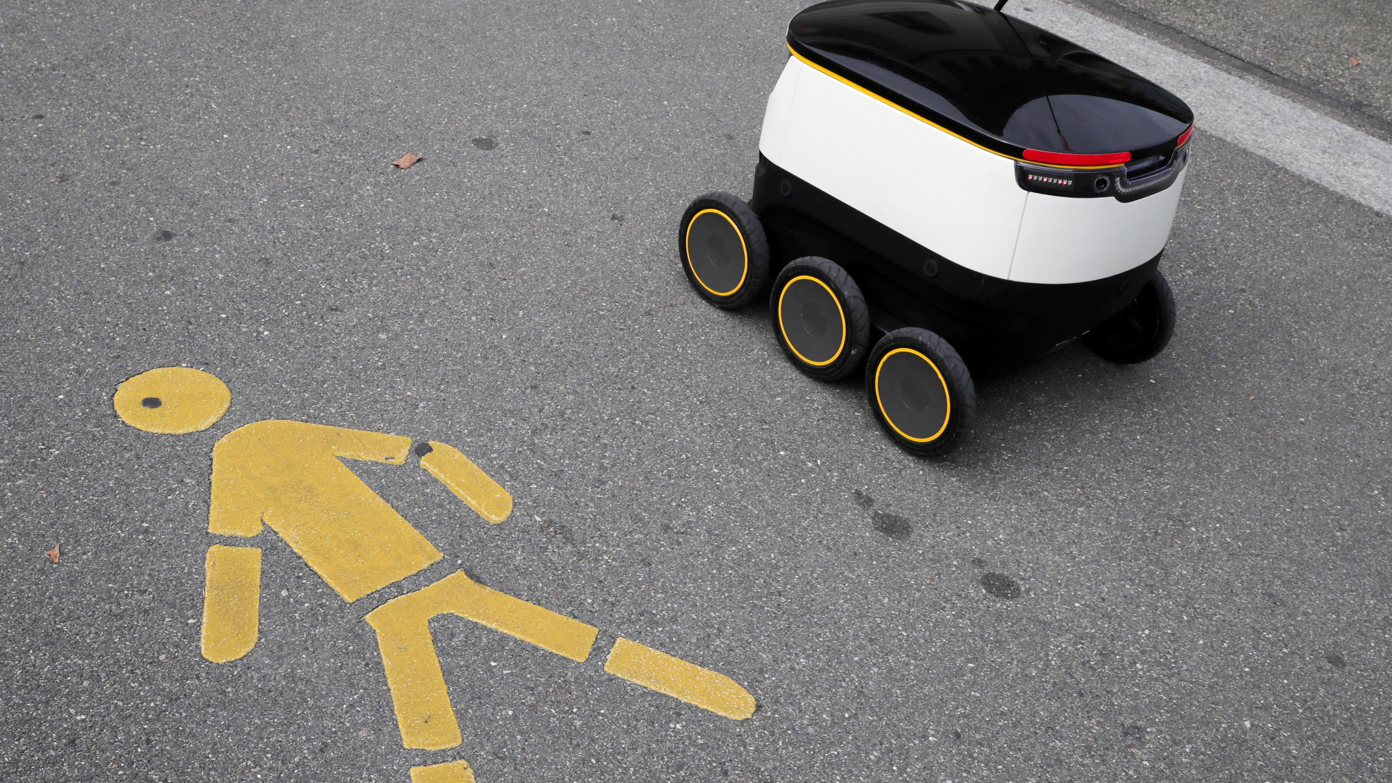 Delivery robot and pedestrian icon