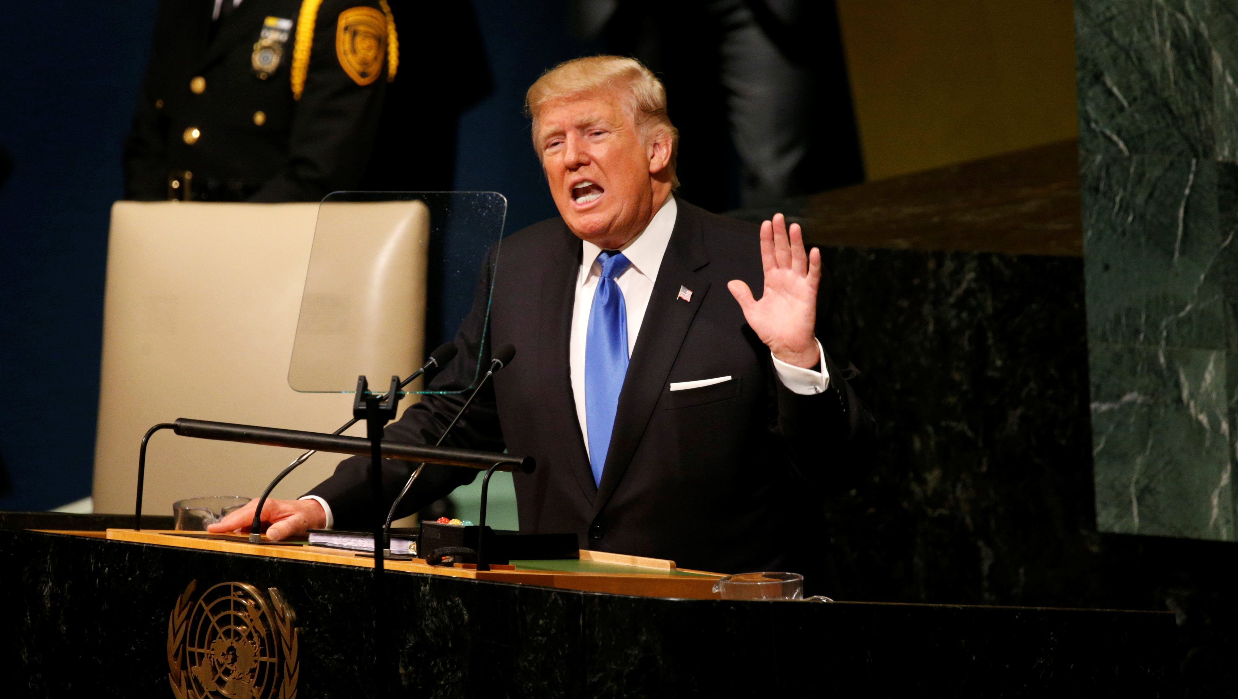 U.S. President Donald Trump delivers his address to the United Nations General Assembly in New York, U.S., September 19, 2017. REUTERS/Kevin Lamarque - RC194E4E9AE0