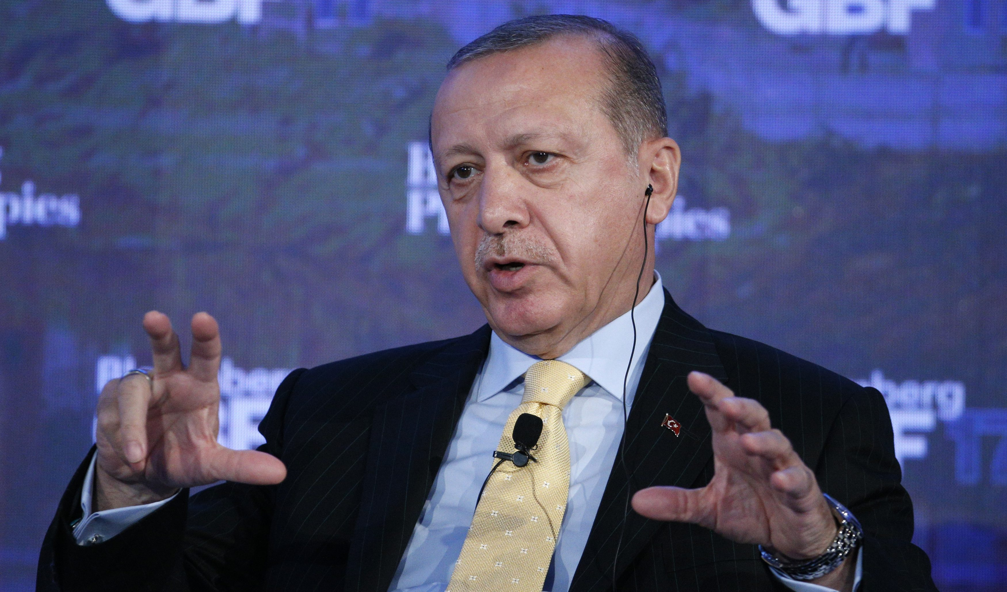 Turkish President Recep Tayyip Erdogan speaks at the Bloomberg Global Business Forum in New York, U.S., September 20, 2017. REUTERS/Brendan McDermid - HP1ED9K1COS2I