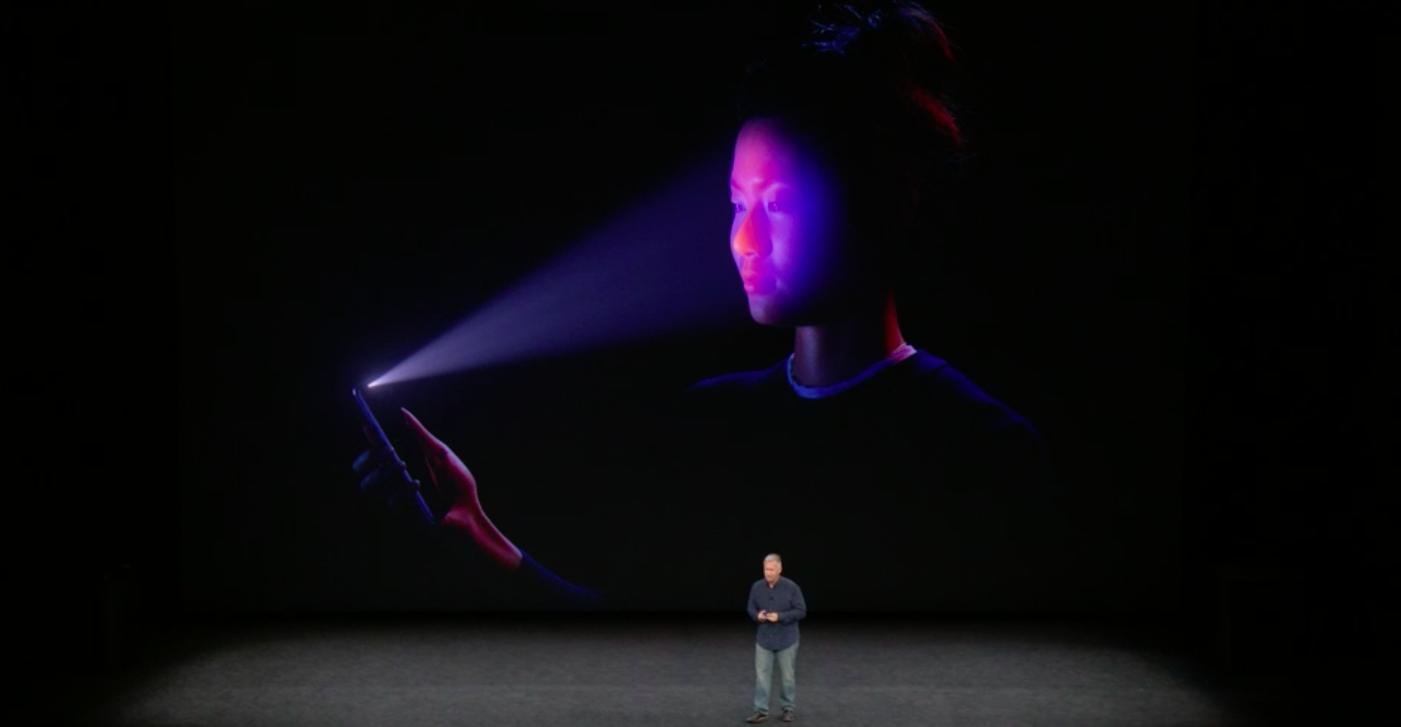 Apple demos its FaceID technology.