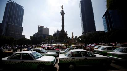 Taxis in Mexico City, Mexico