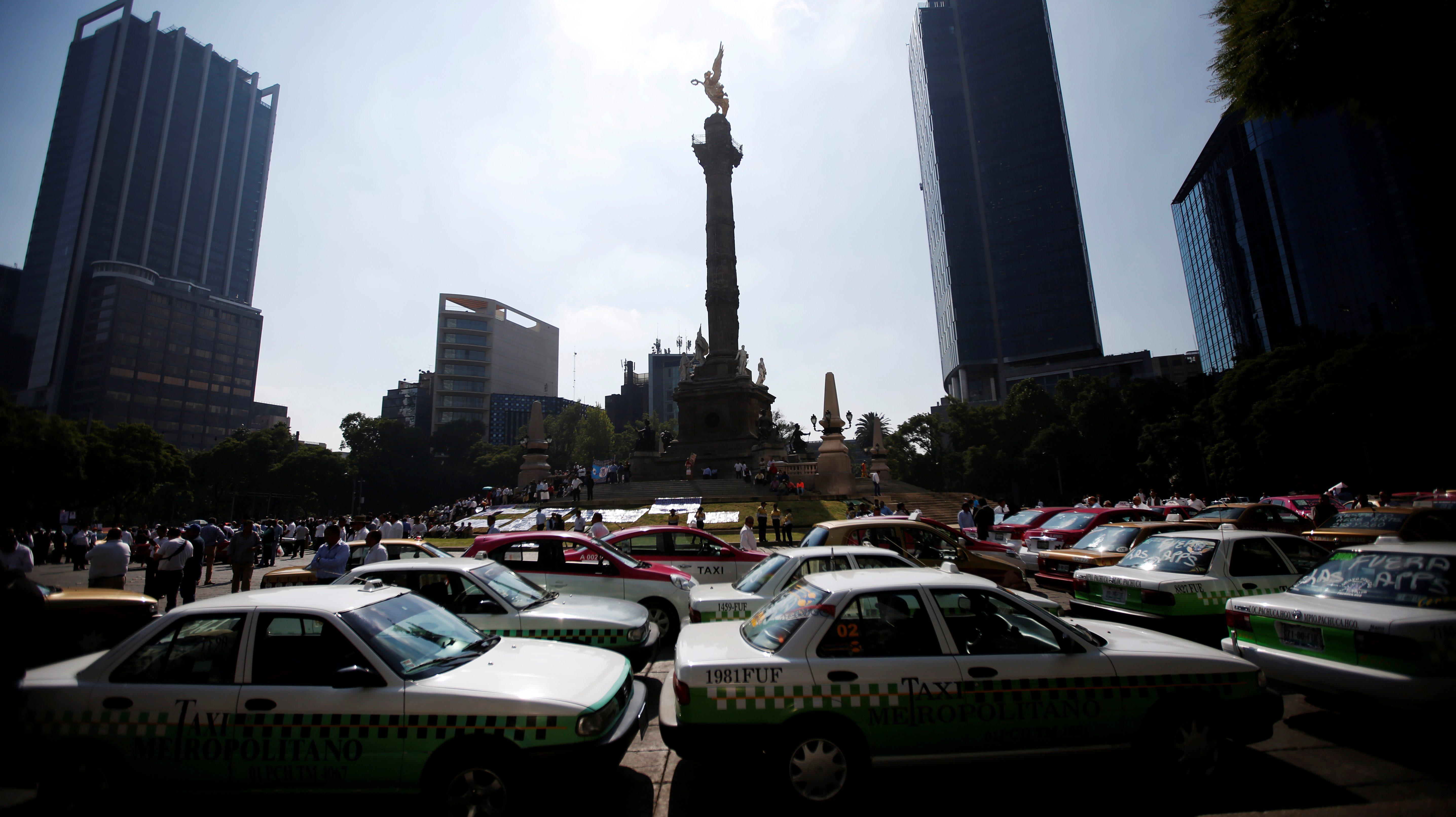 Taxis in Mexico City, Mexico