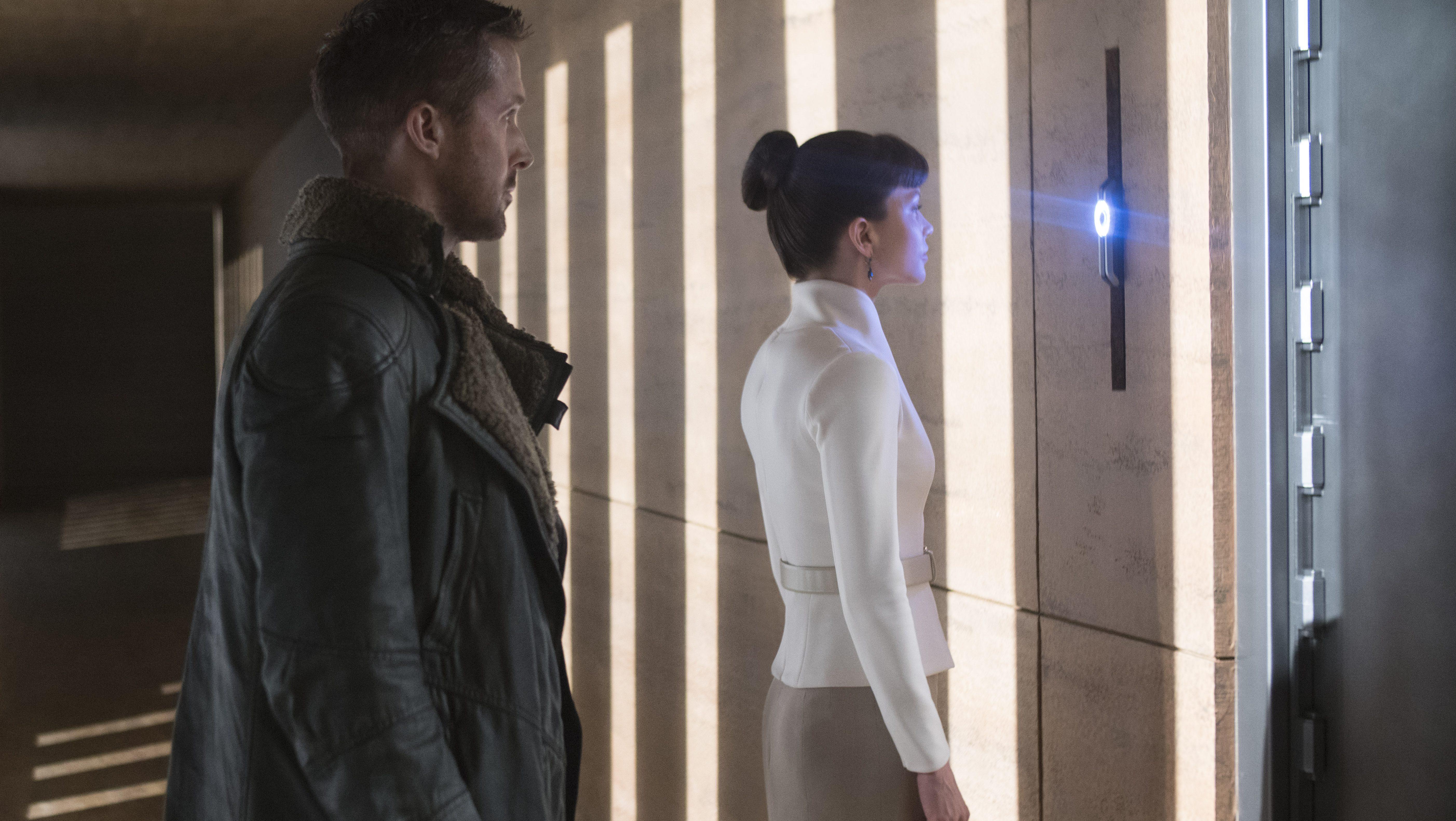 9304aa3e8 Ryan Gosling's shearling jacket in
