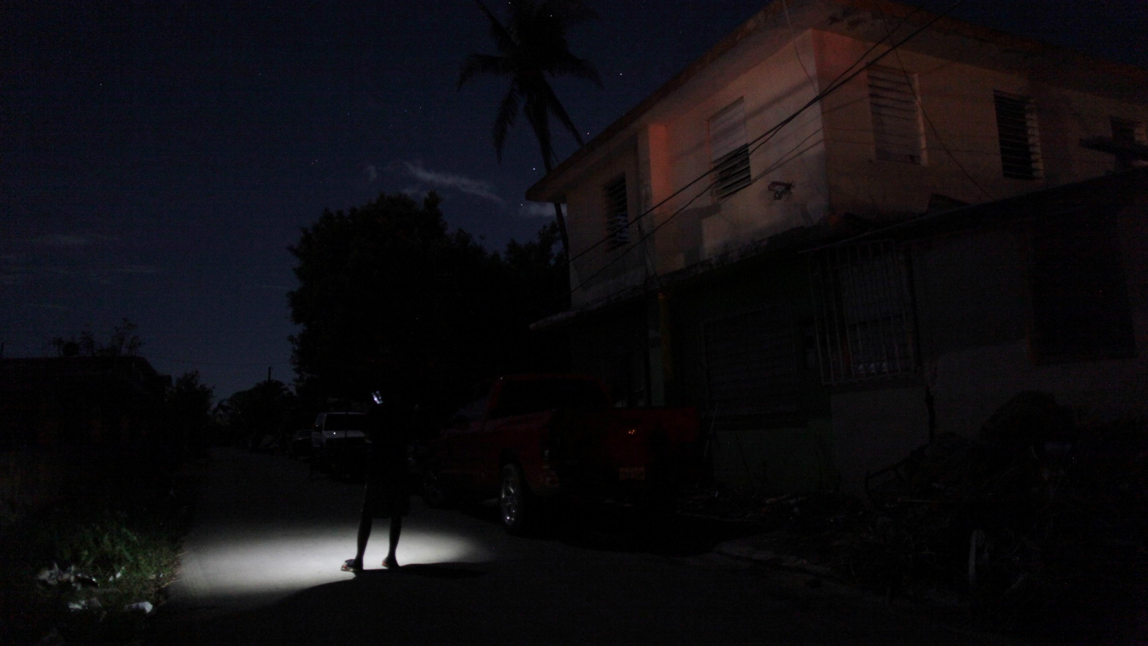 c-pr-house-RTS1HLY0-Alvin Baez