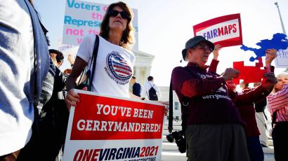 Rally during oral arguments in Gill v. Whitford,