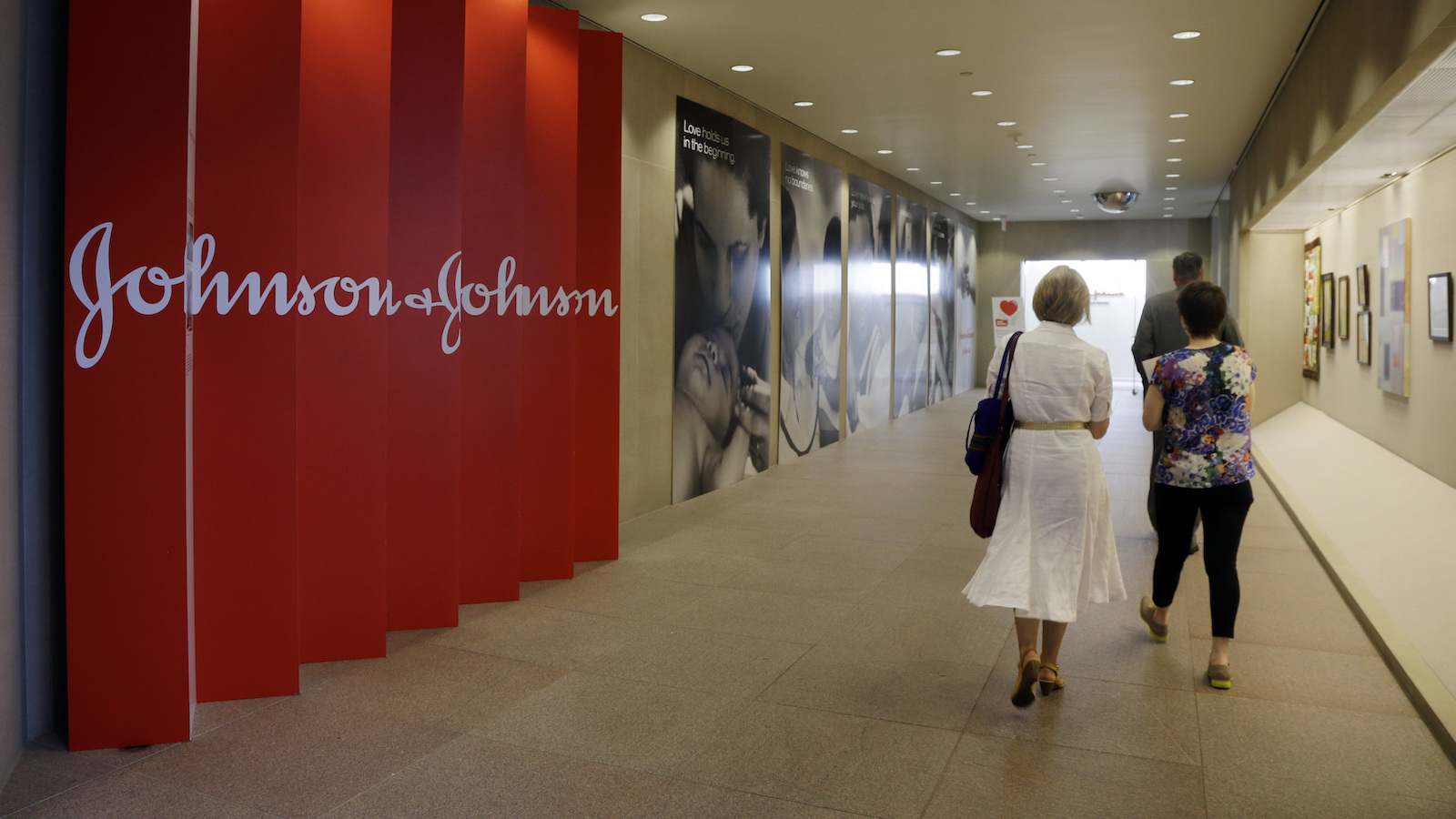 Jnj My Store >> J J Says It Will Let Job Applicants Track Their Progress In The