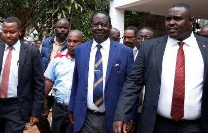 Kenyan opposition leader of the National Super Alliance (NASA) coalition Raila Odinga leaves after a meeting with opposition politicians at the Wiper Party headquarters in Nairobi, Kenya October 31, 2017.