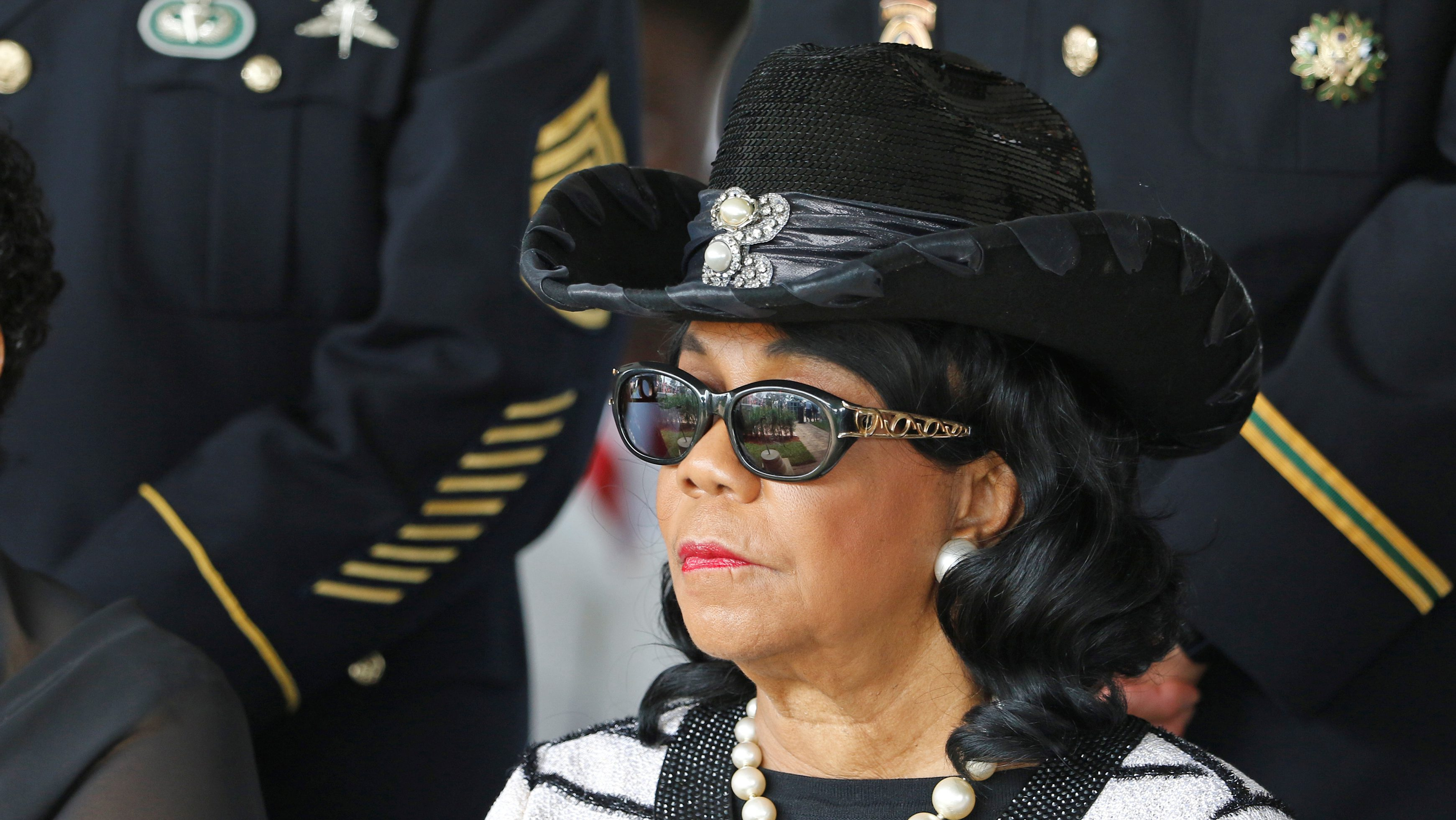U.S. Rep. Frederica Wilson (D-FL) attends the graveside service for U.S. Army Sergeant La David Johnson, who was among four special forces soldiers killed in Niger, in Hollywood, Florida, October 21, 2017.  REUTERS/Joe Skipper - RC17B6DF5350
