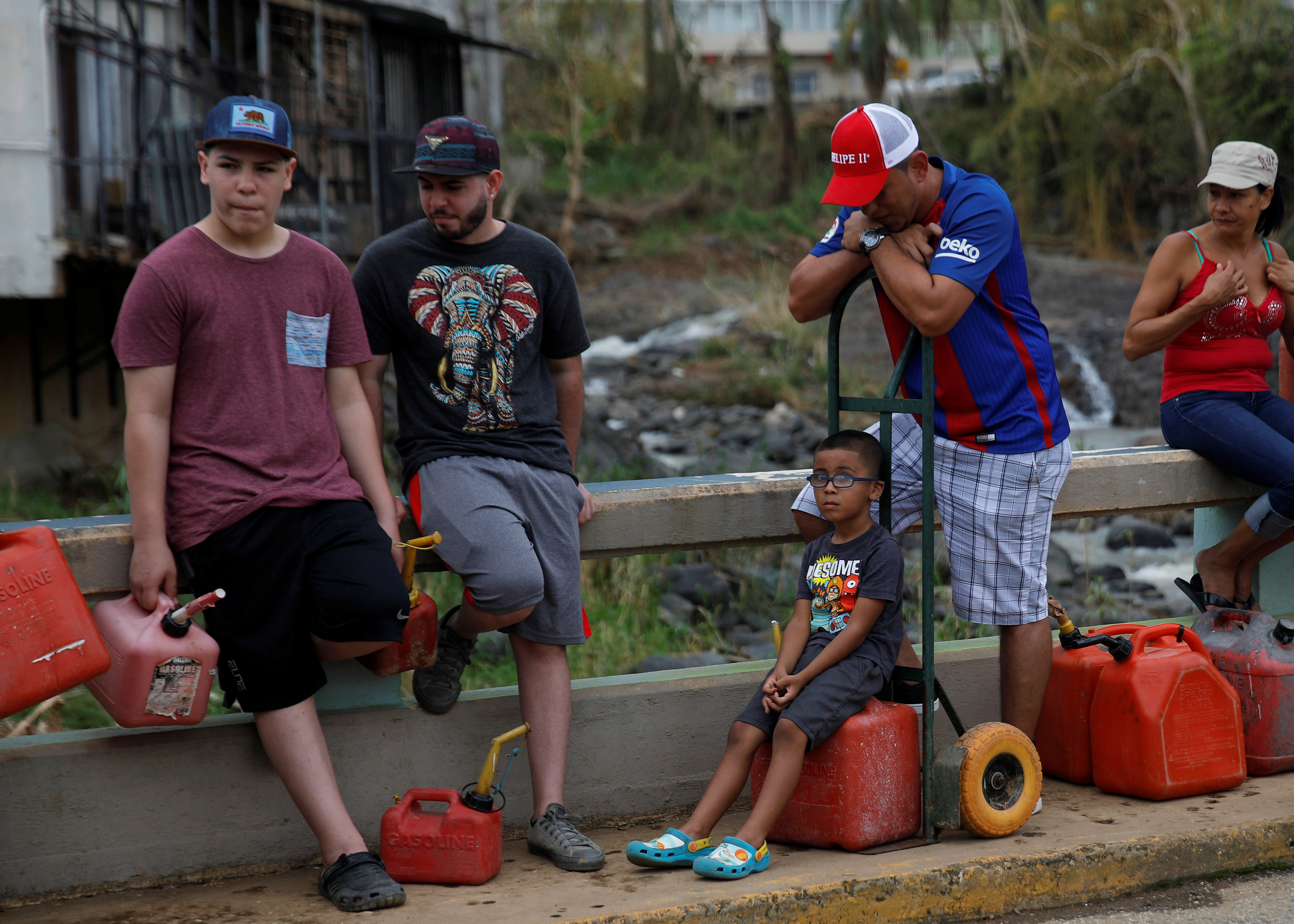 puerto rico Residents affected by Hurricane Maria wait in line for fuel
