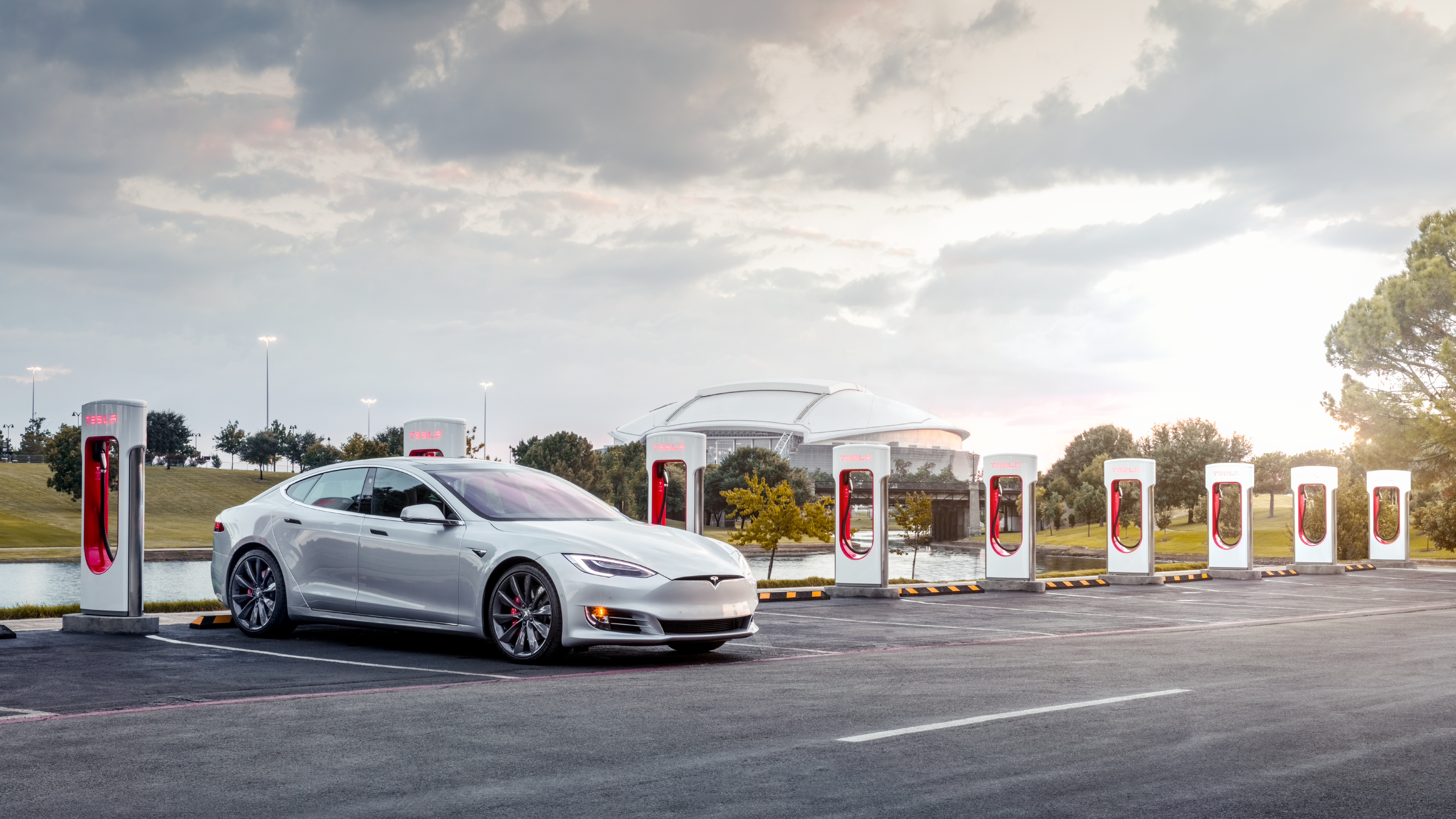Tesla gives a peek at the supercharging rest stops it wants