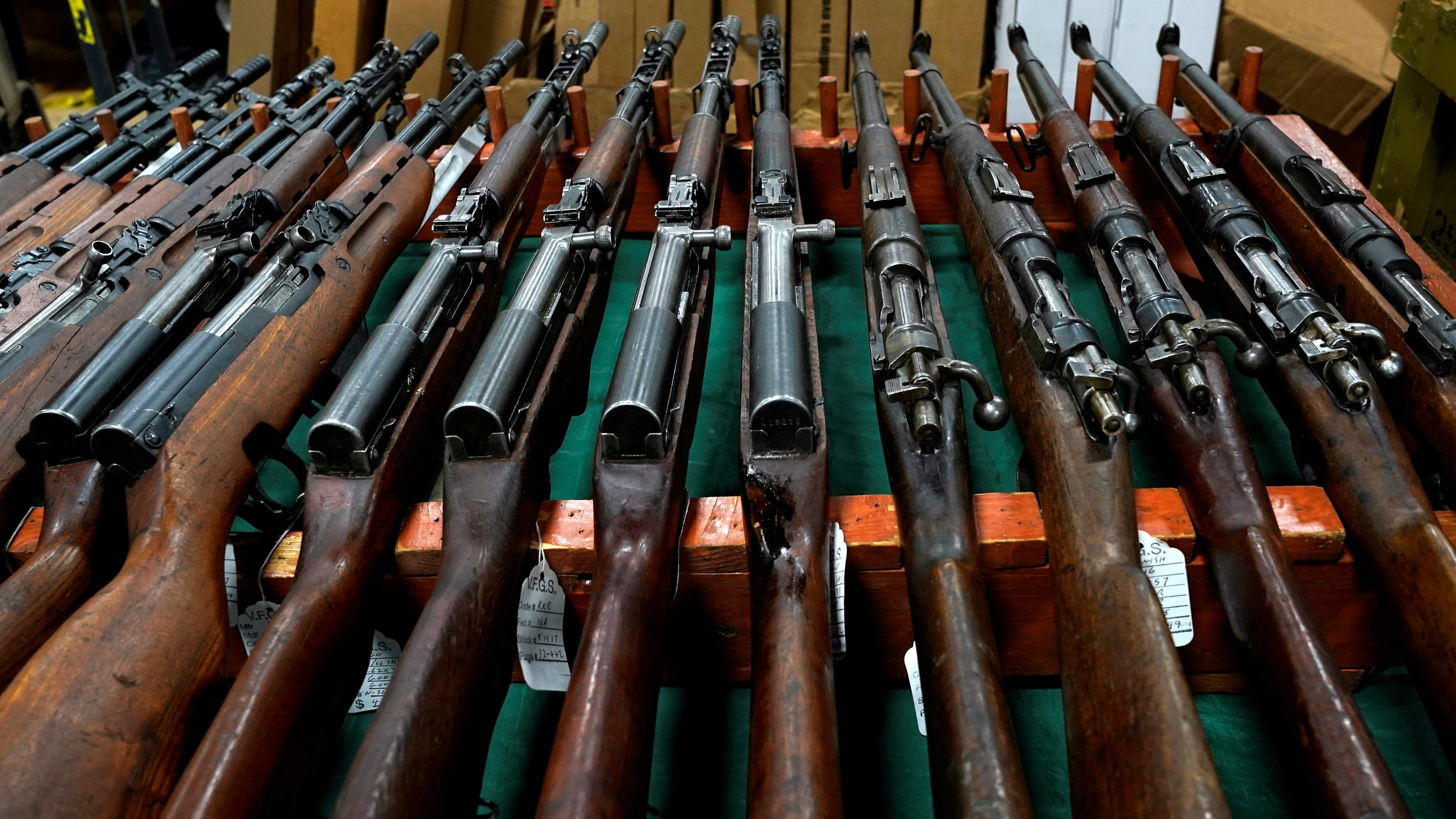 c-guns2-RTS1FGSF-Joshua Roberts
