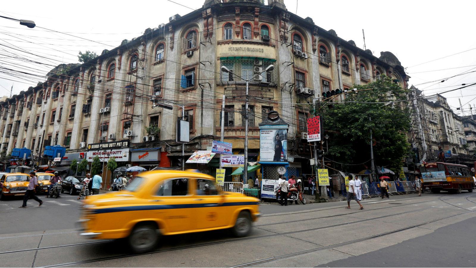 India-driving-traffic-corruption