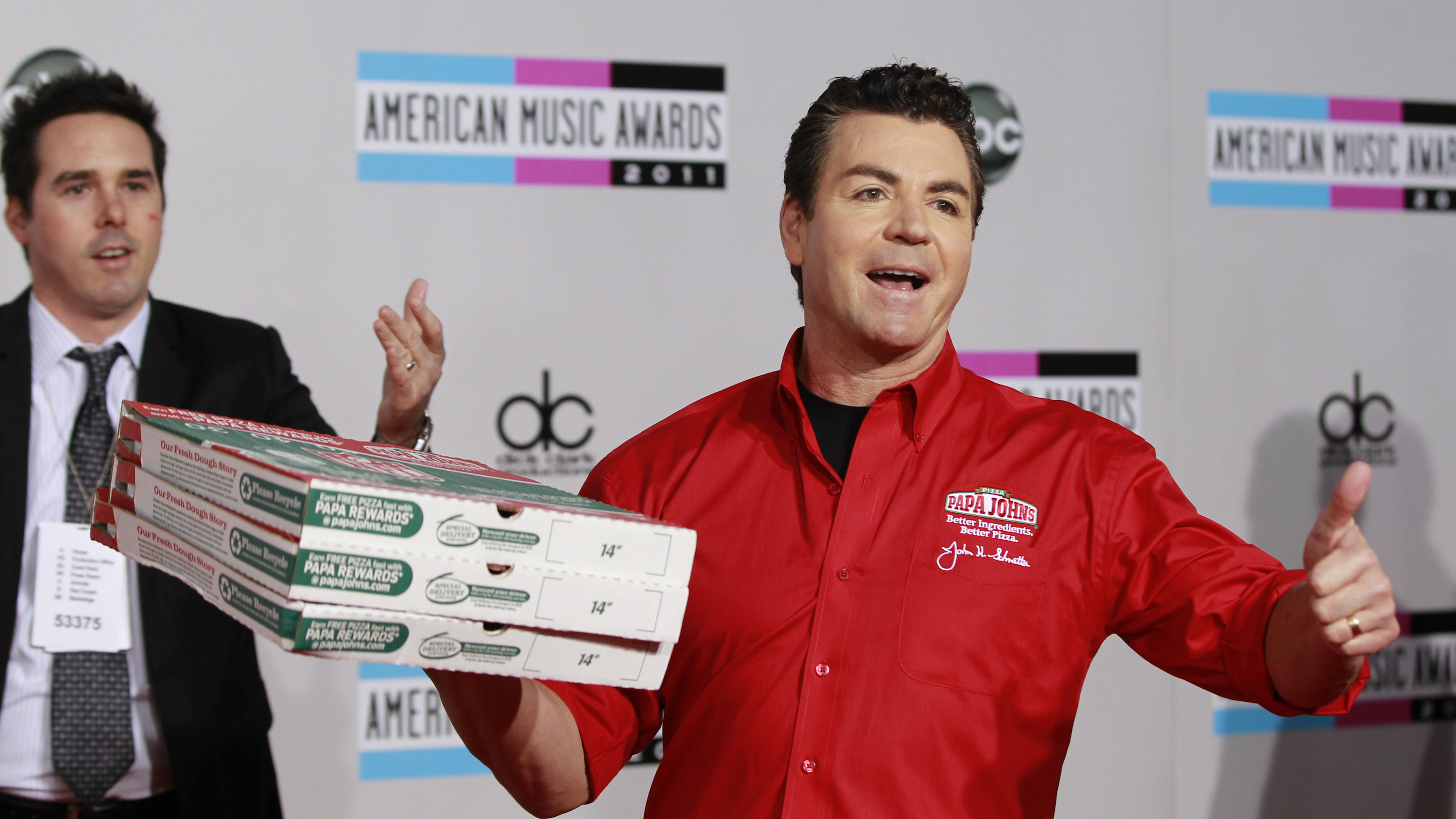 Papa Johns Is Being Hurt By A Leadership Failure But Its Not From The Nfl Pzza Quartz At Work