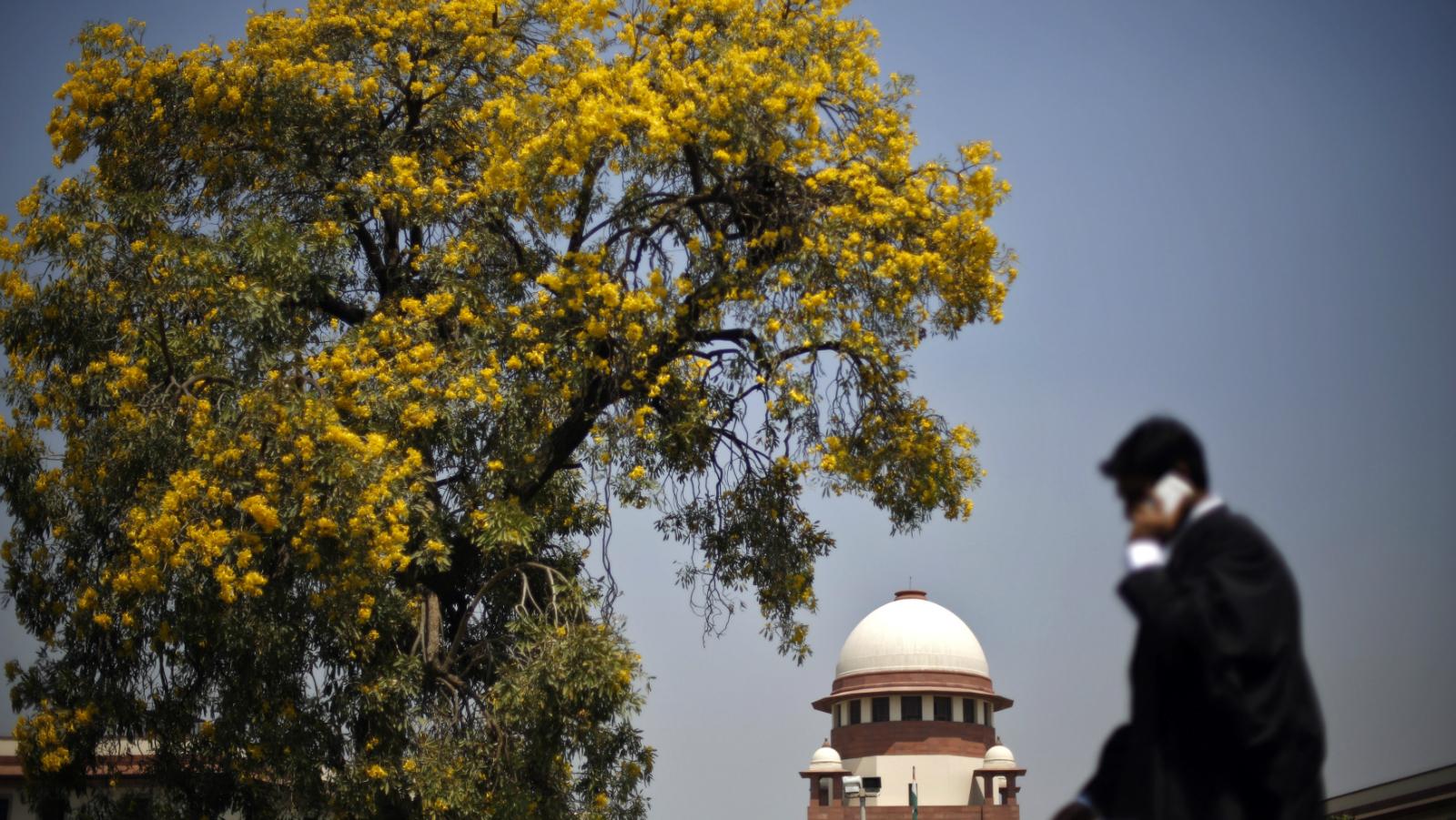 Senior advocate-India-Court-Bar