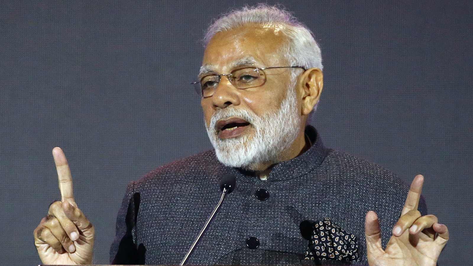 """Indian Prime Minister Narendra Modi gestures as he addresses businessmen in a parallel event of the 31st ASEAN Summit and Related Summits Monday, Nov. 13, 2017 in Manila, Philippines. India is one of Eleven """"Dialogue Partners"""" of the ASEAN."""