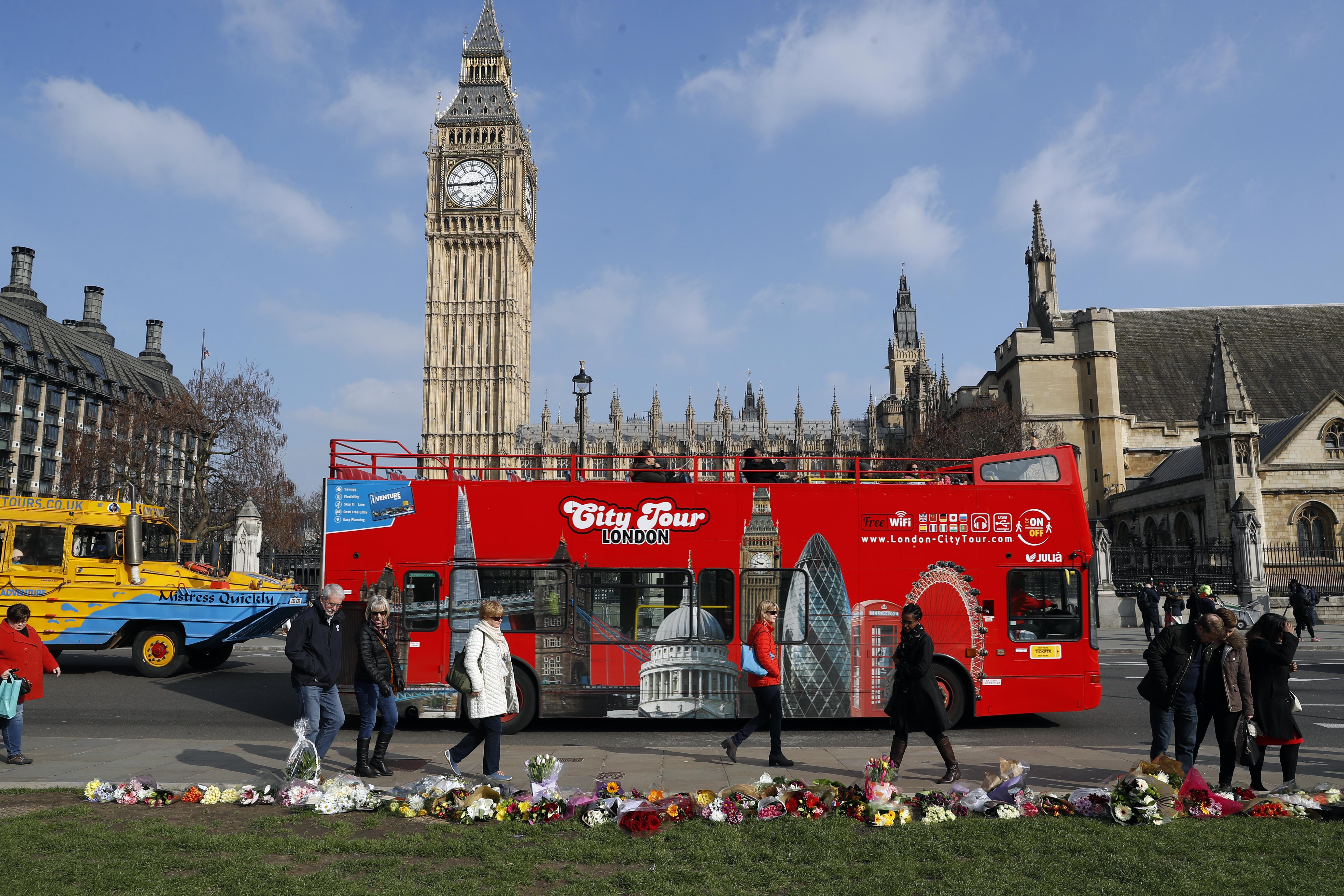 London tourist double decker bus