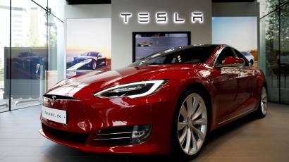 Someone built a cryptocurrency mine in the trunk of a Tesla (TSLA