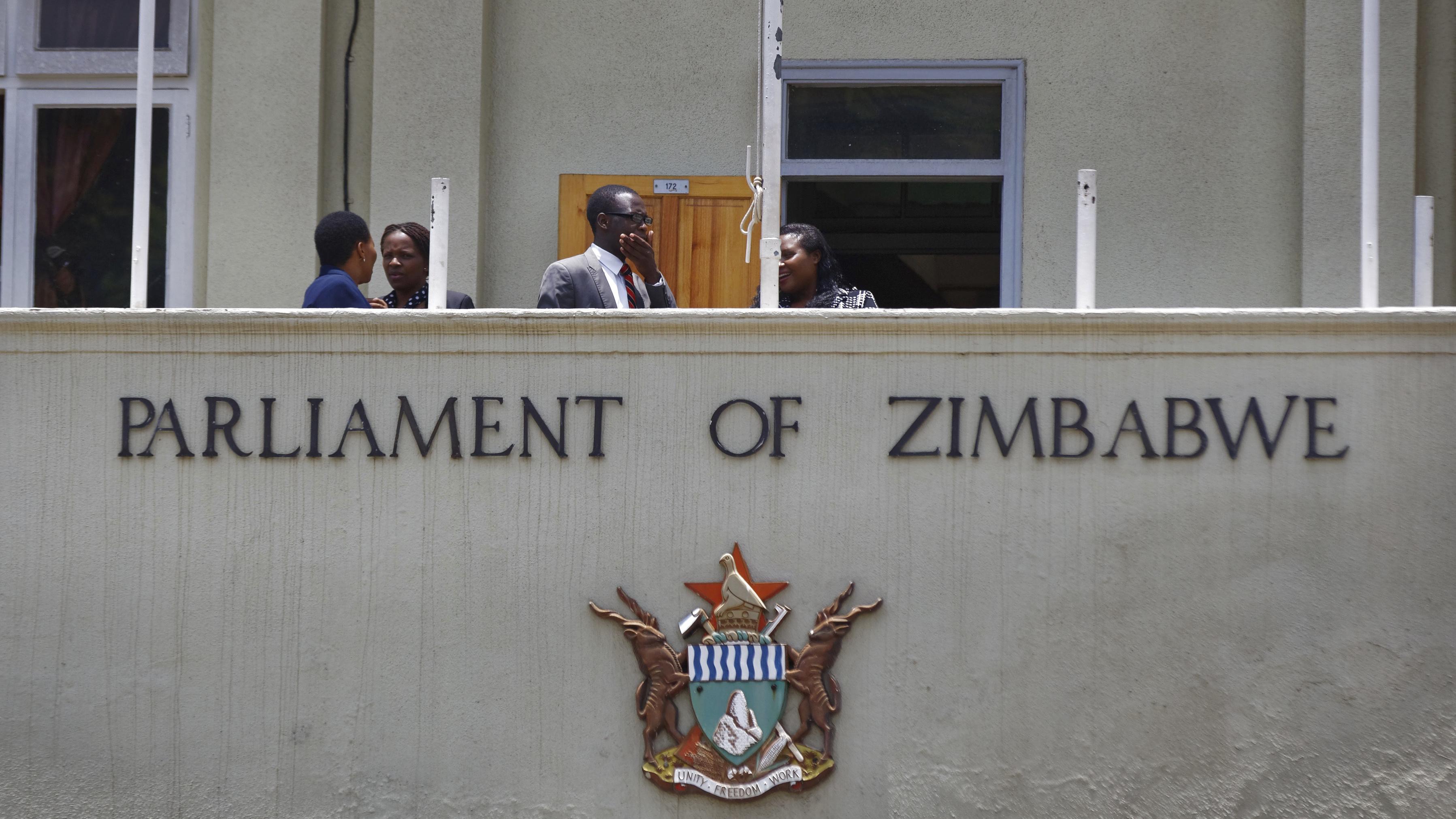 Zimbabwe coup: Parliament begins impeachment process against Robert Mugabe