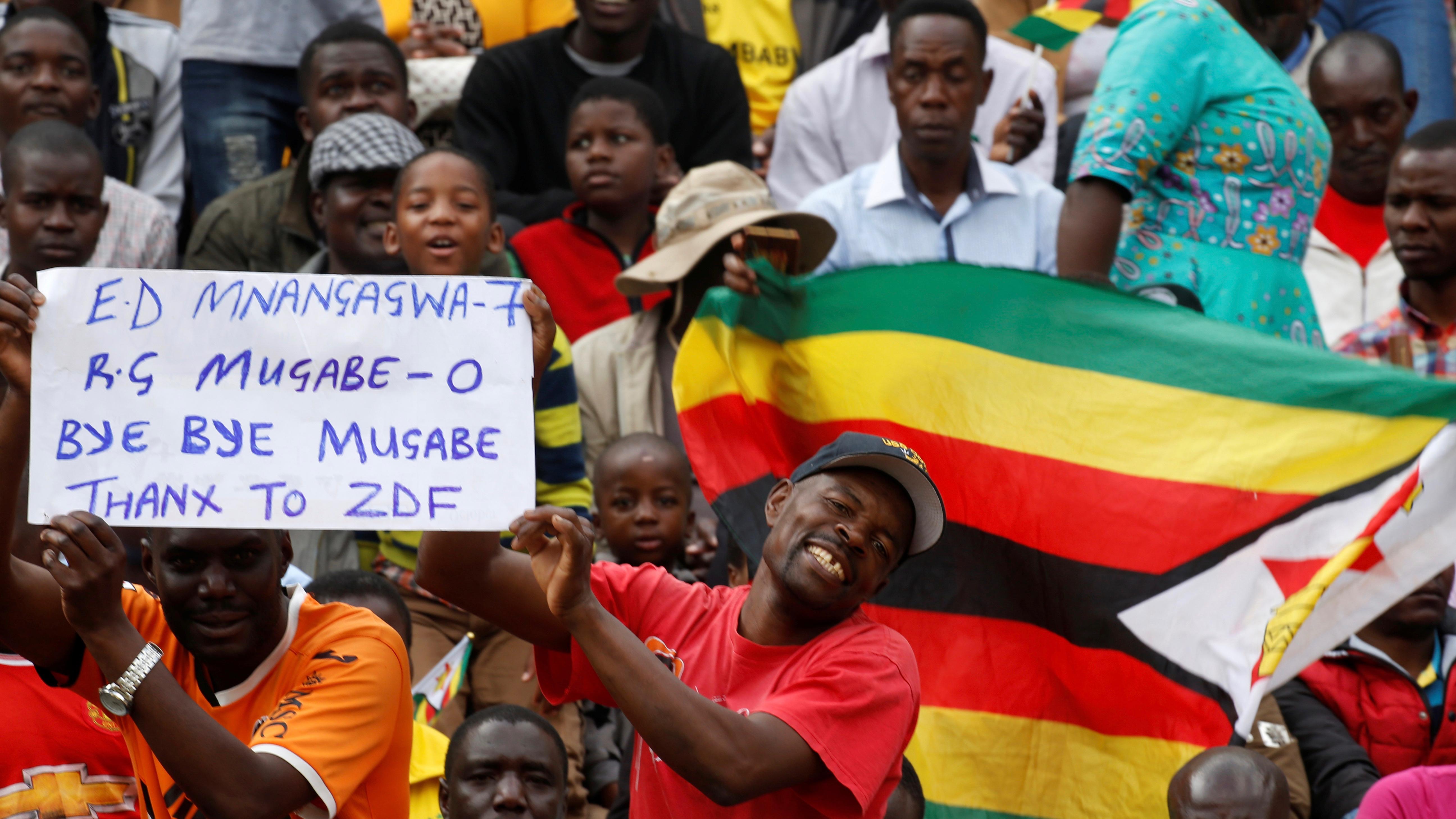 Zimbabwe inaugurates Emmerson Mnangagwa as president, Mugabe exits