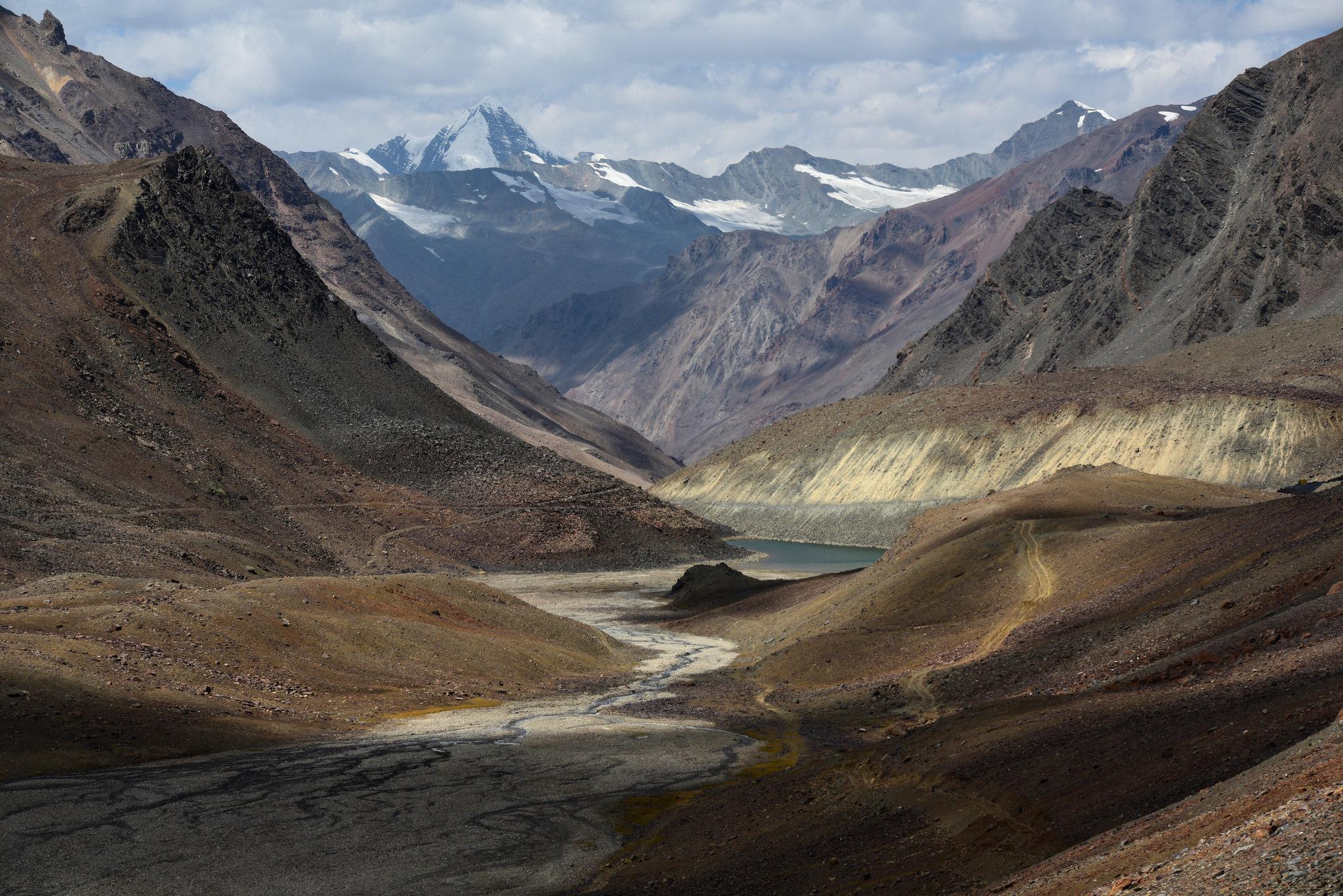 Near Bara-lacha la pass, India 2016 by reurinkjan