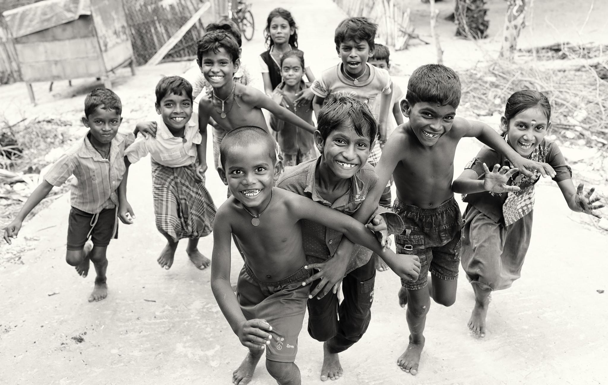 India, Kids Having Fun by Dietmar Temps