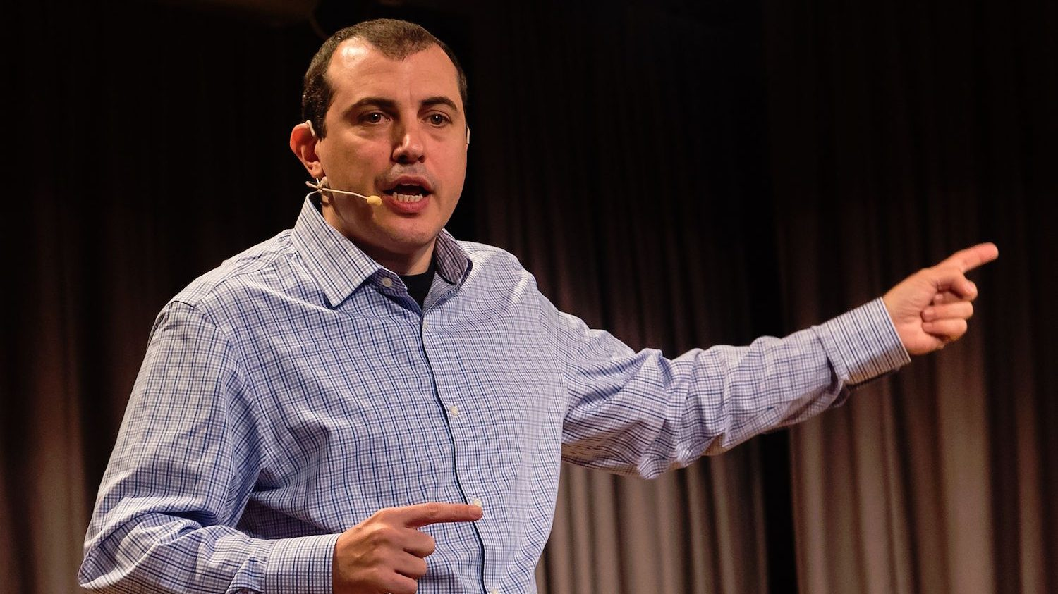 Andreas M. Antonopoulos speaking in Zurich in 2016