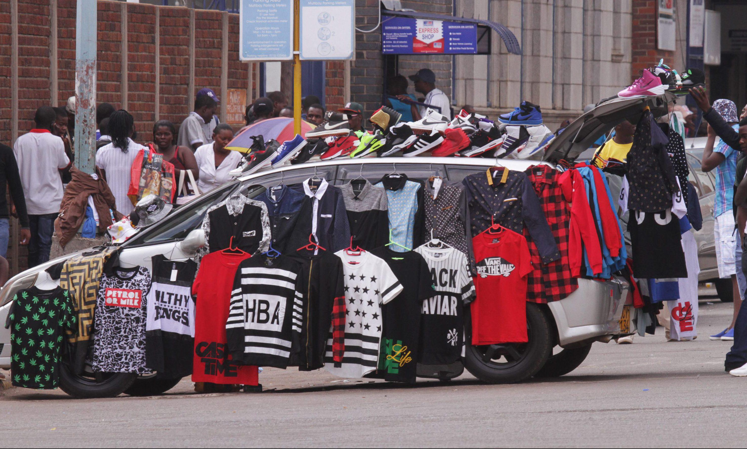 Street vendors in Harare, Zimbabwe