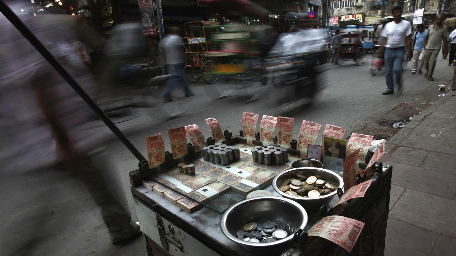 India-RBI-money-rupee