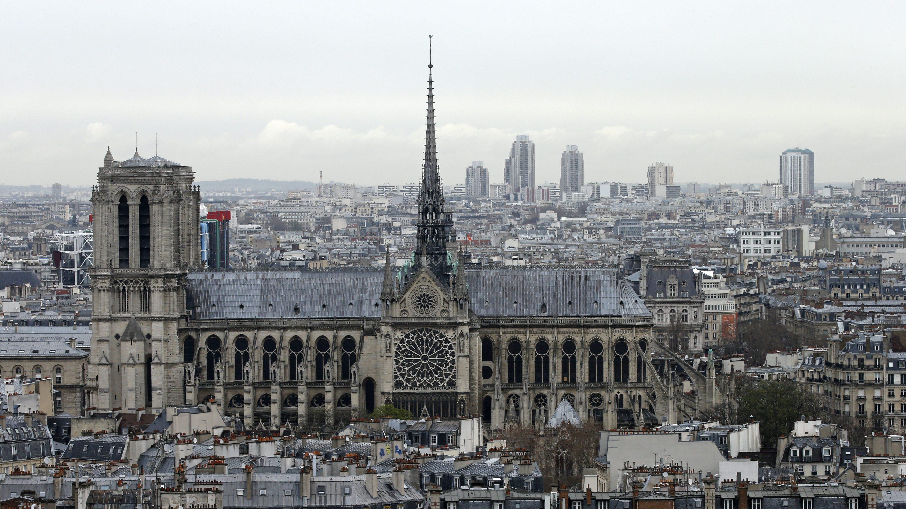 Paris threatens to sue Airbnb over illegal apartment rentals